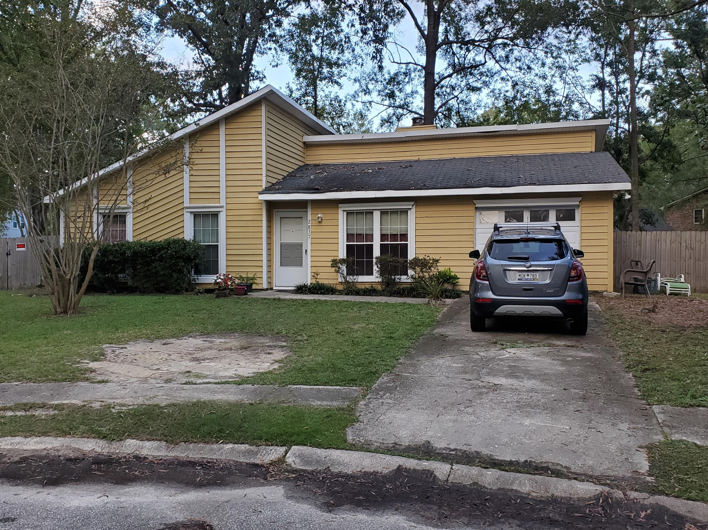 2837 Chicopee Drive North Charleston, SC 29420