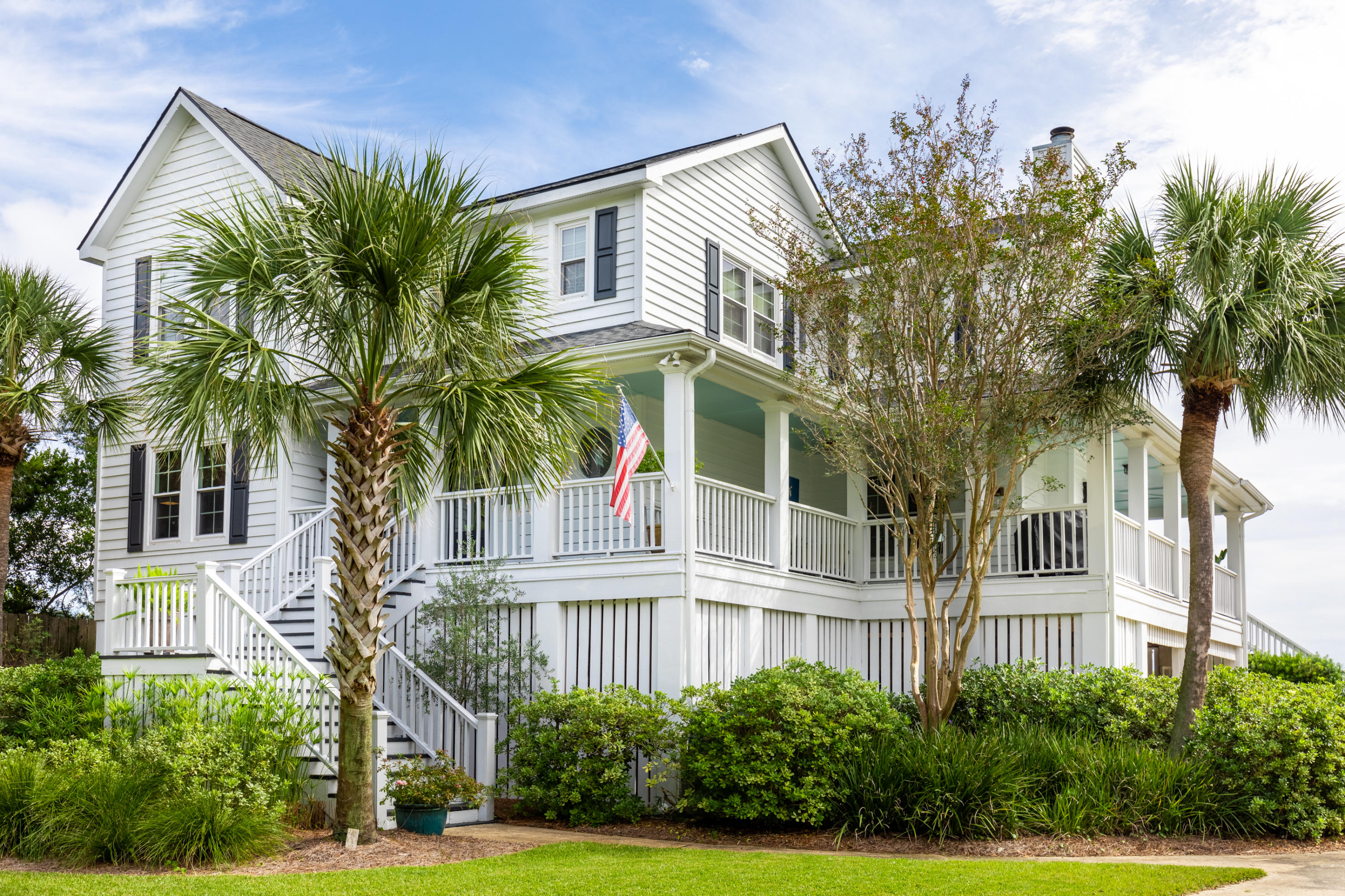 220 William Street Mount Pleasant, SC 29464