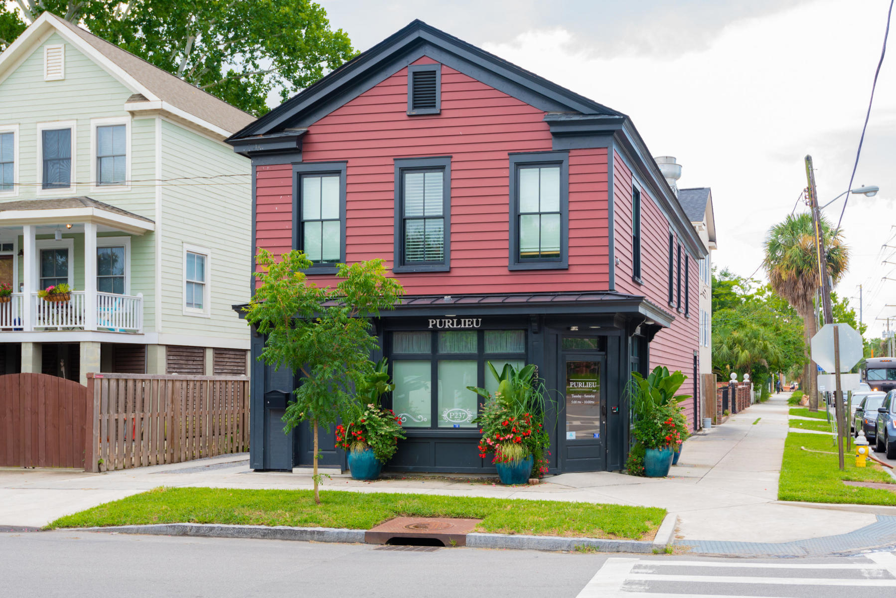 220 3rd Avenue UNIT 5a Charleston, SC 29403