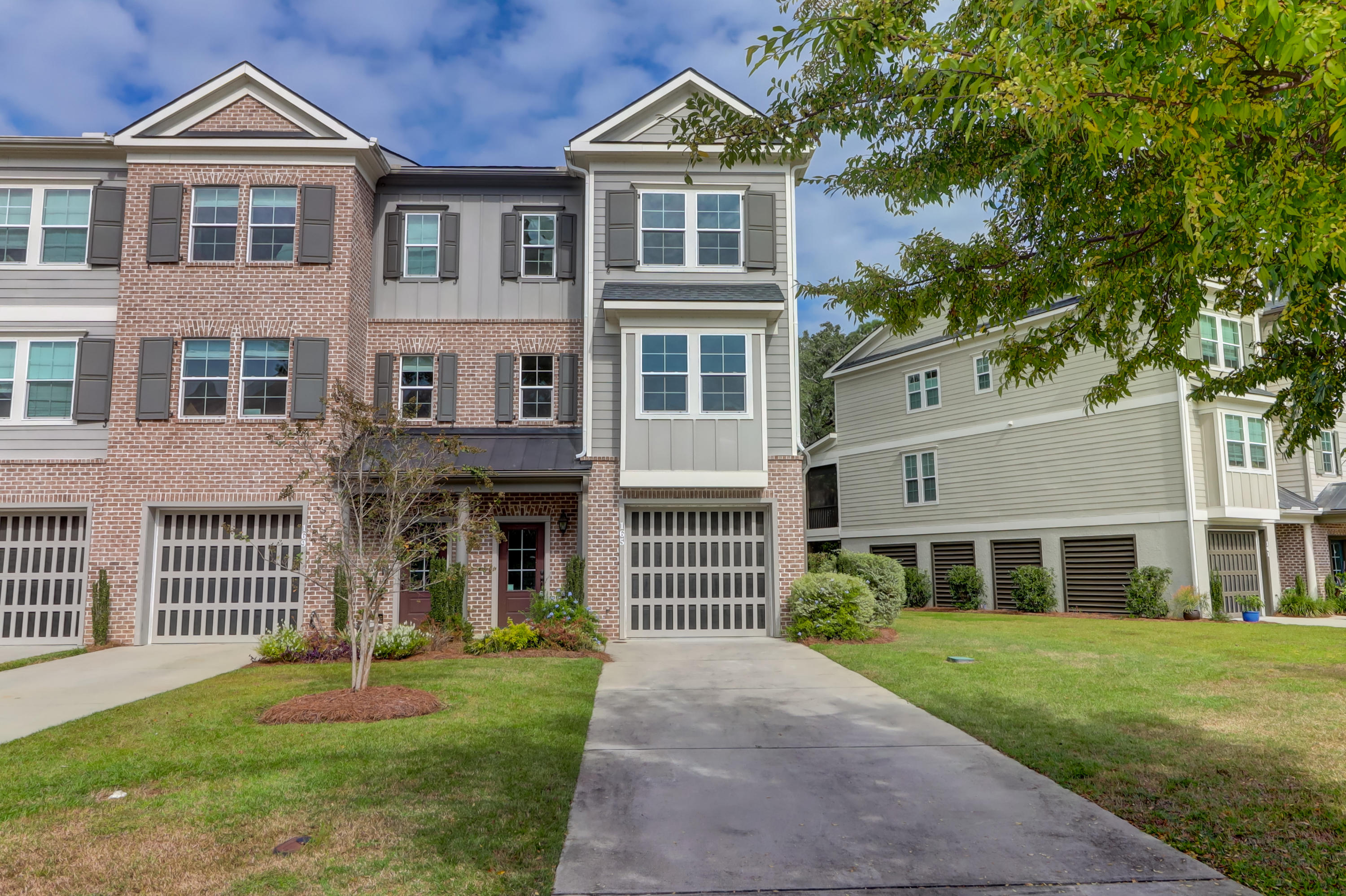 165 Slipper Shell Court Mount Pleasant, SC 29464