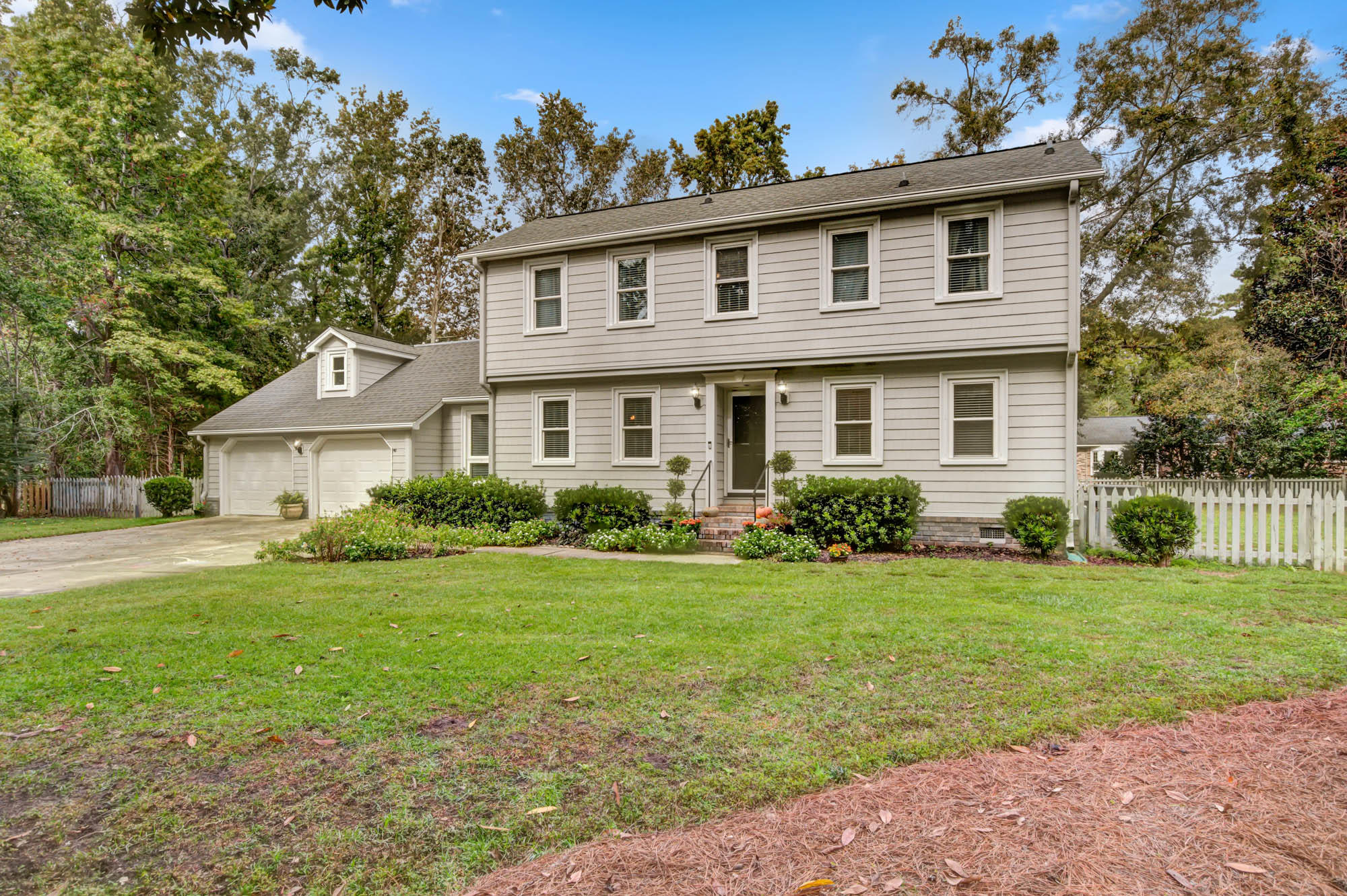 958 Crown Court Mount Pleasant, SC 29464
