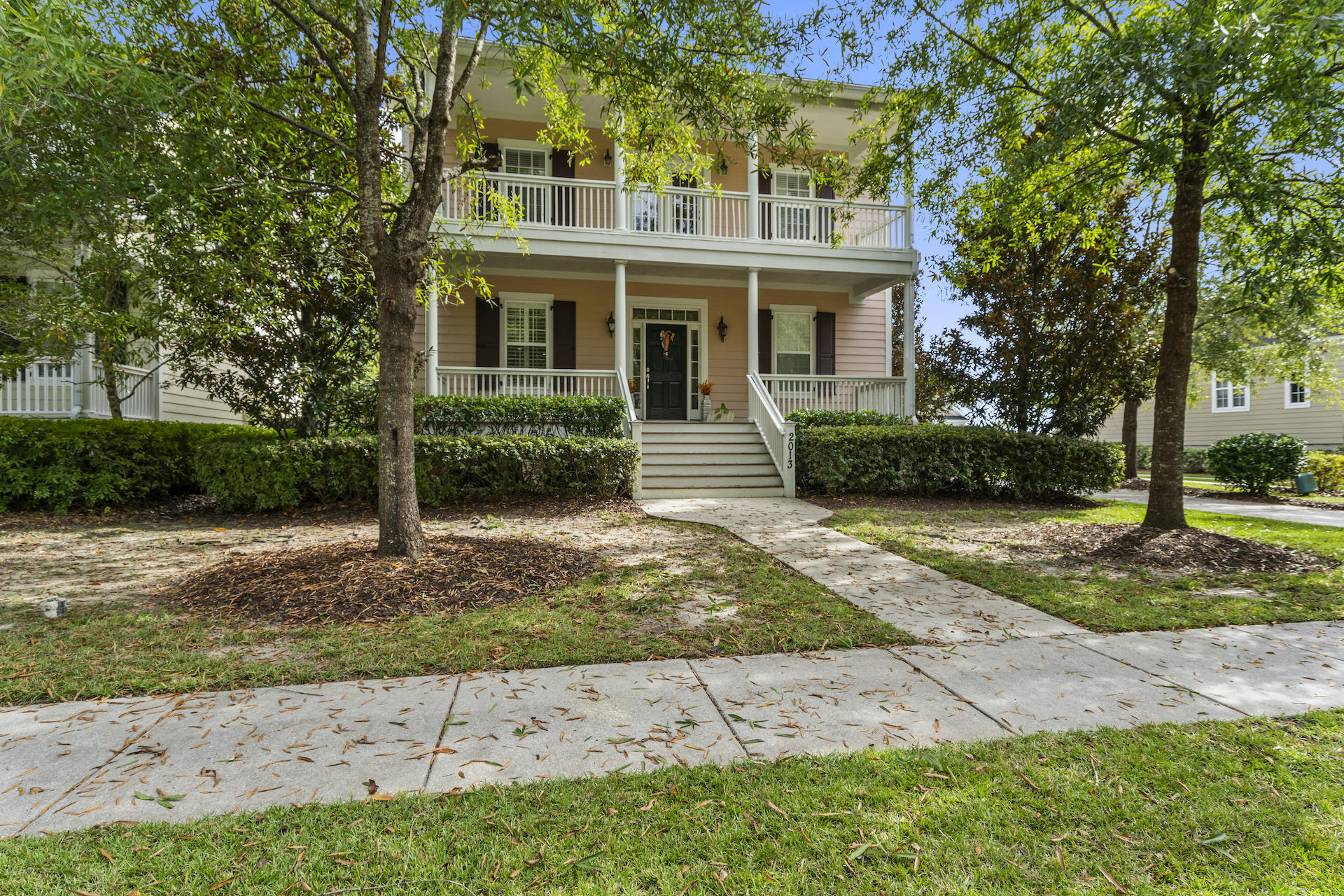 2013 Pierce Street Charleston, SC 29492