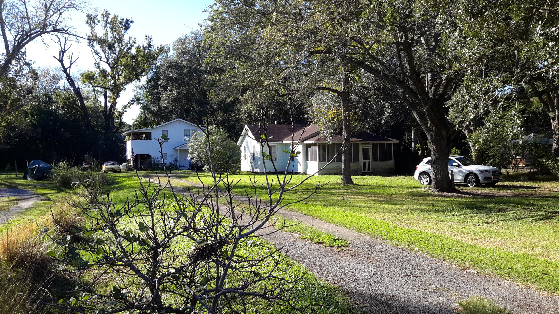 243 Woodland Shores Road Charleston, SC 29412