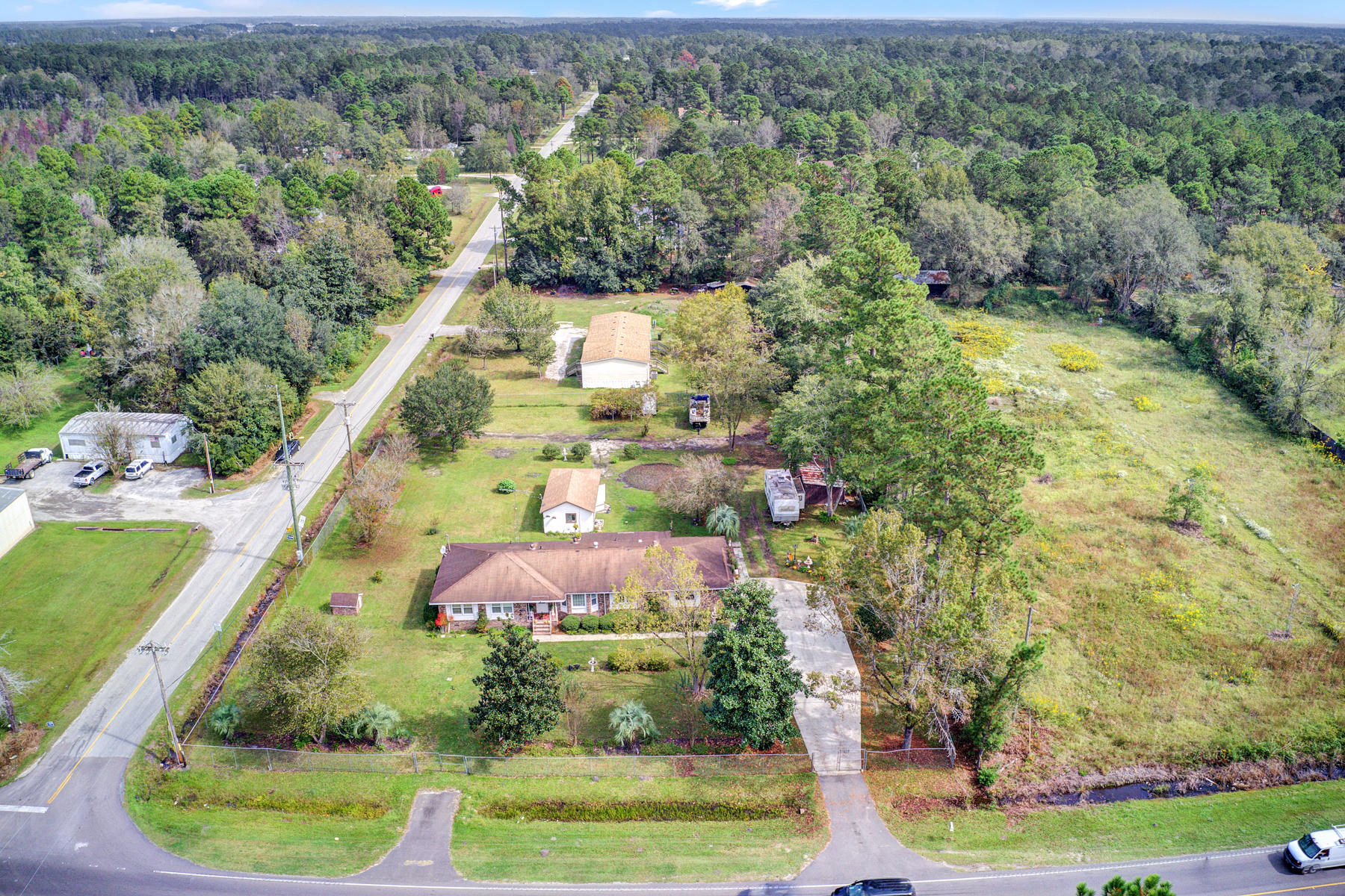 1544 State Road Summerville, SC 29486