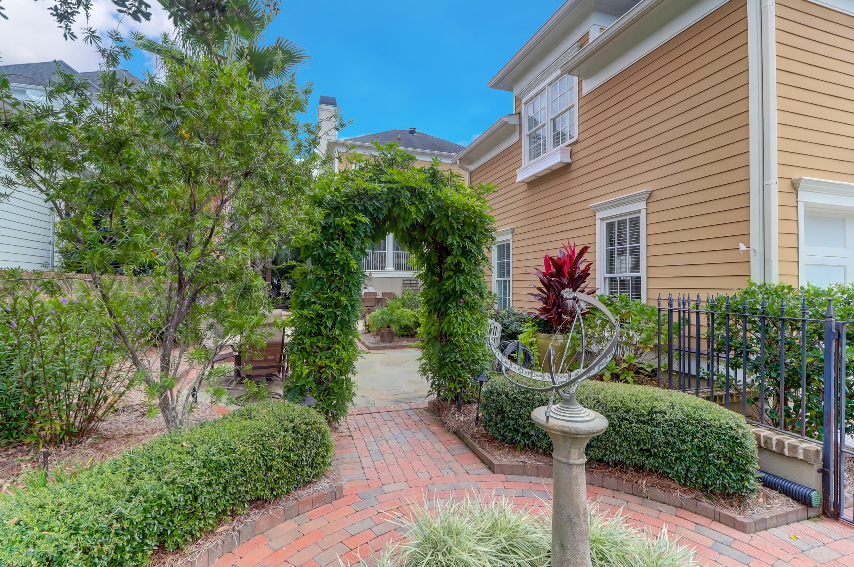 2441 Daniel Island Drive Charleston, SC 29492