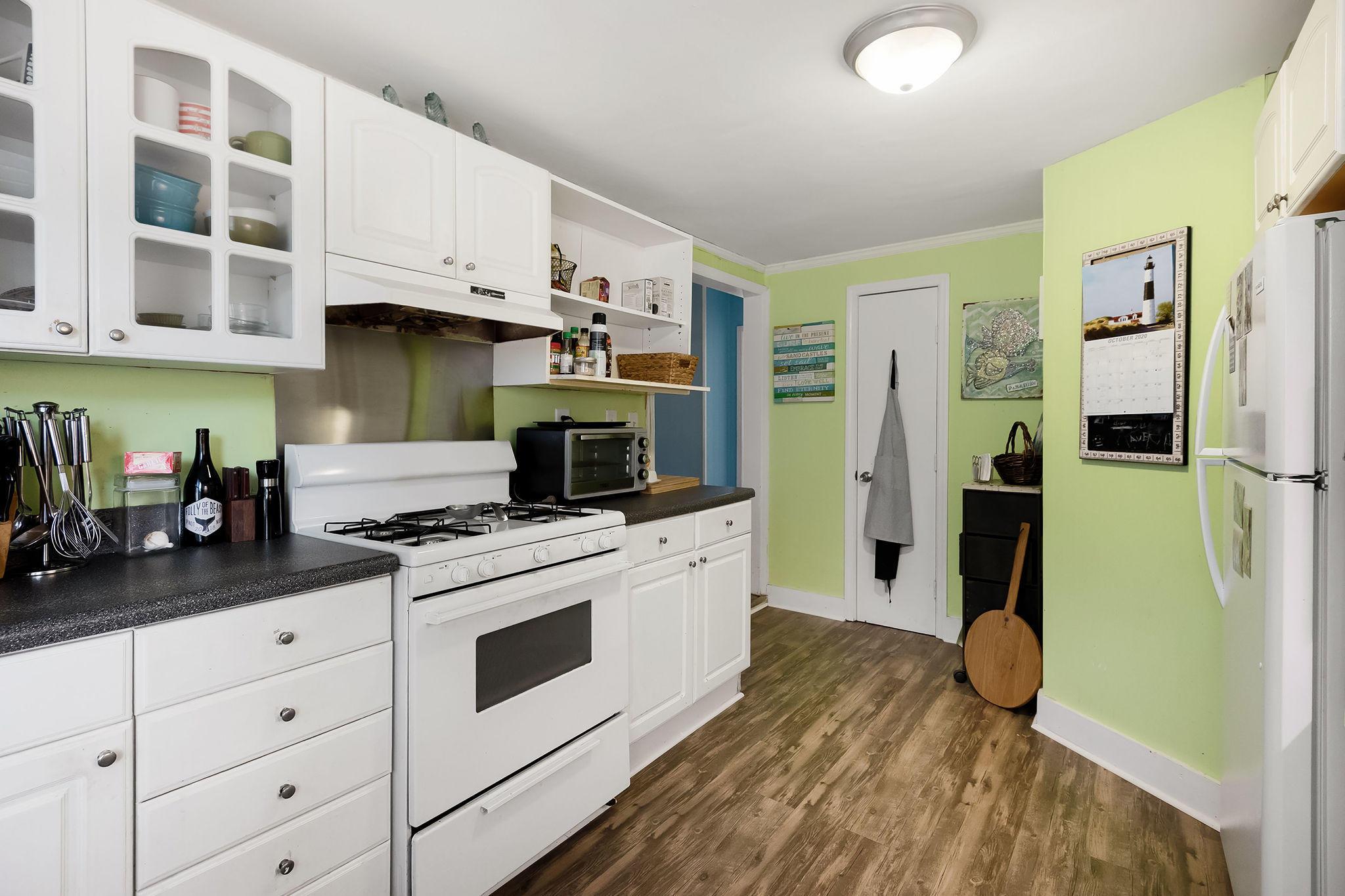 Folly Beach Homes For Sale - 504 Ashley, Folly Beach, SC - 12