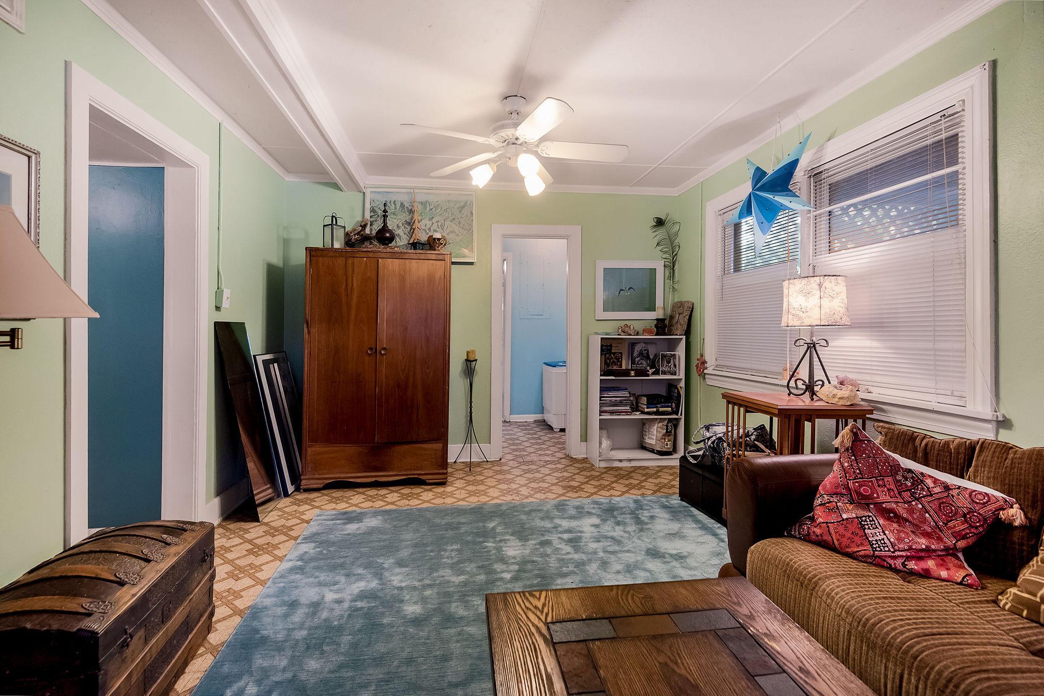 Folly Beach Homes For Sale - 504 Ashley, Folly Beach, SC - 16