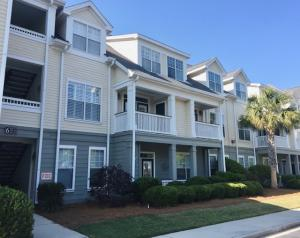 #6207 is a 2 story 2 bedroom, 2 bathroom condo in building 6 at Daniels Landing.