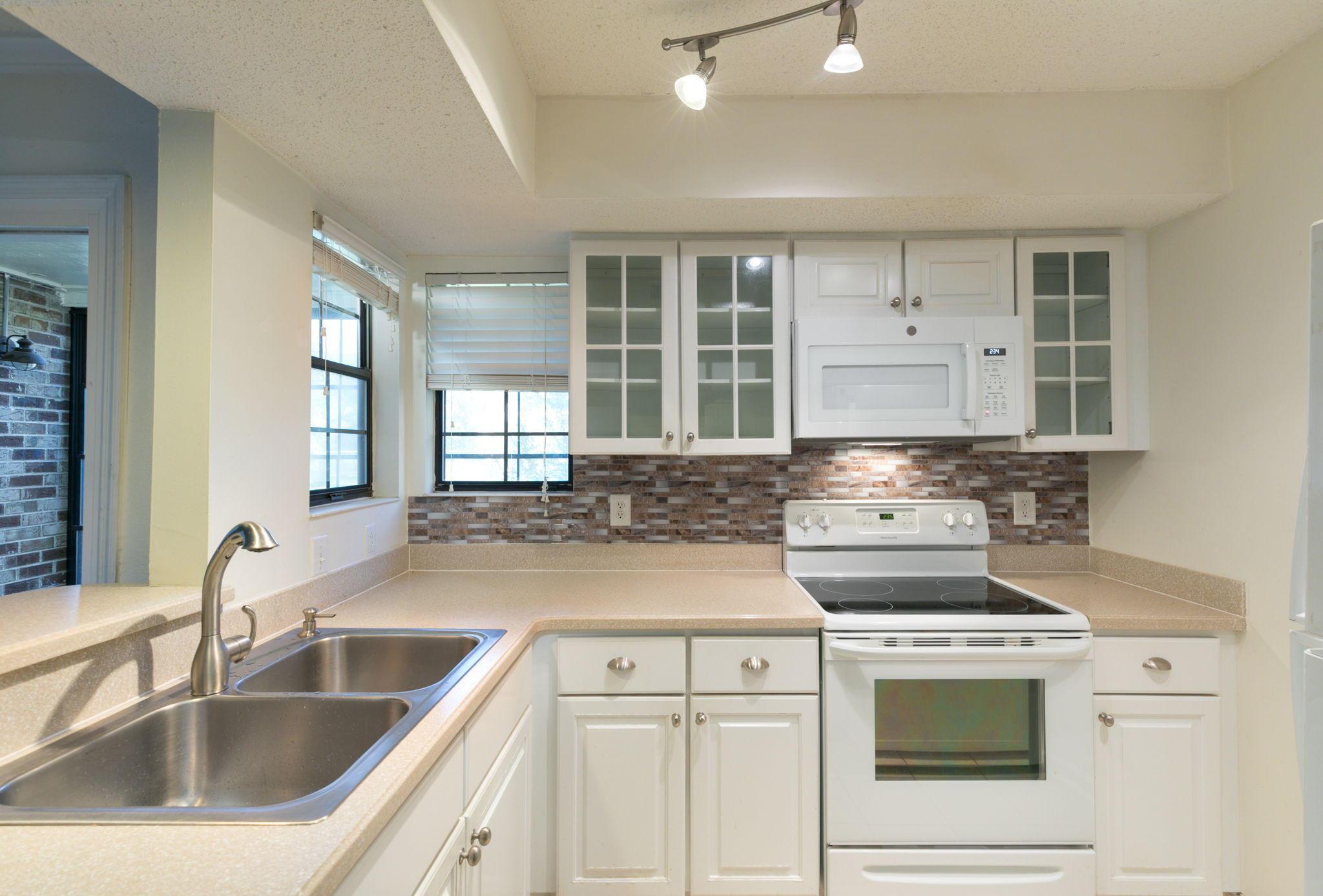 Montclair Homes For Sale - 1835 Villa Maison, Mount Pleasant, SC - 24