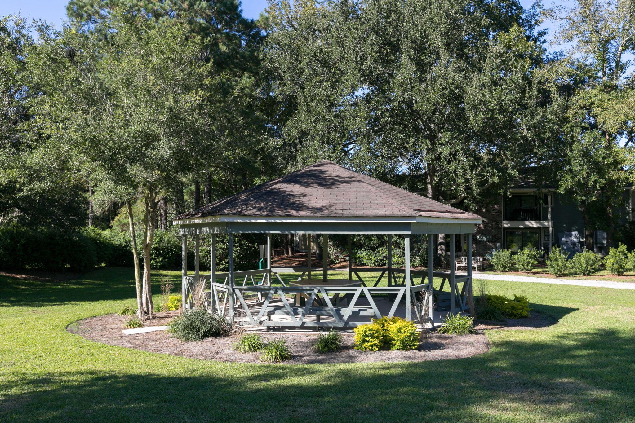 Montclair Homes For Sale - 1835 Villa Maison, Mount Pleasant, SC - 3