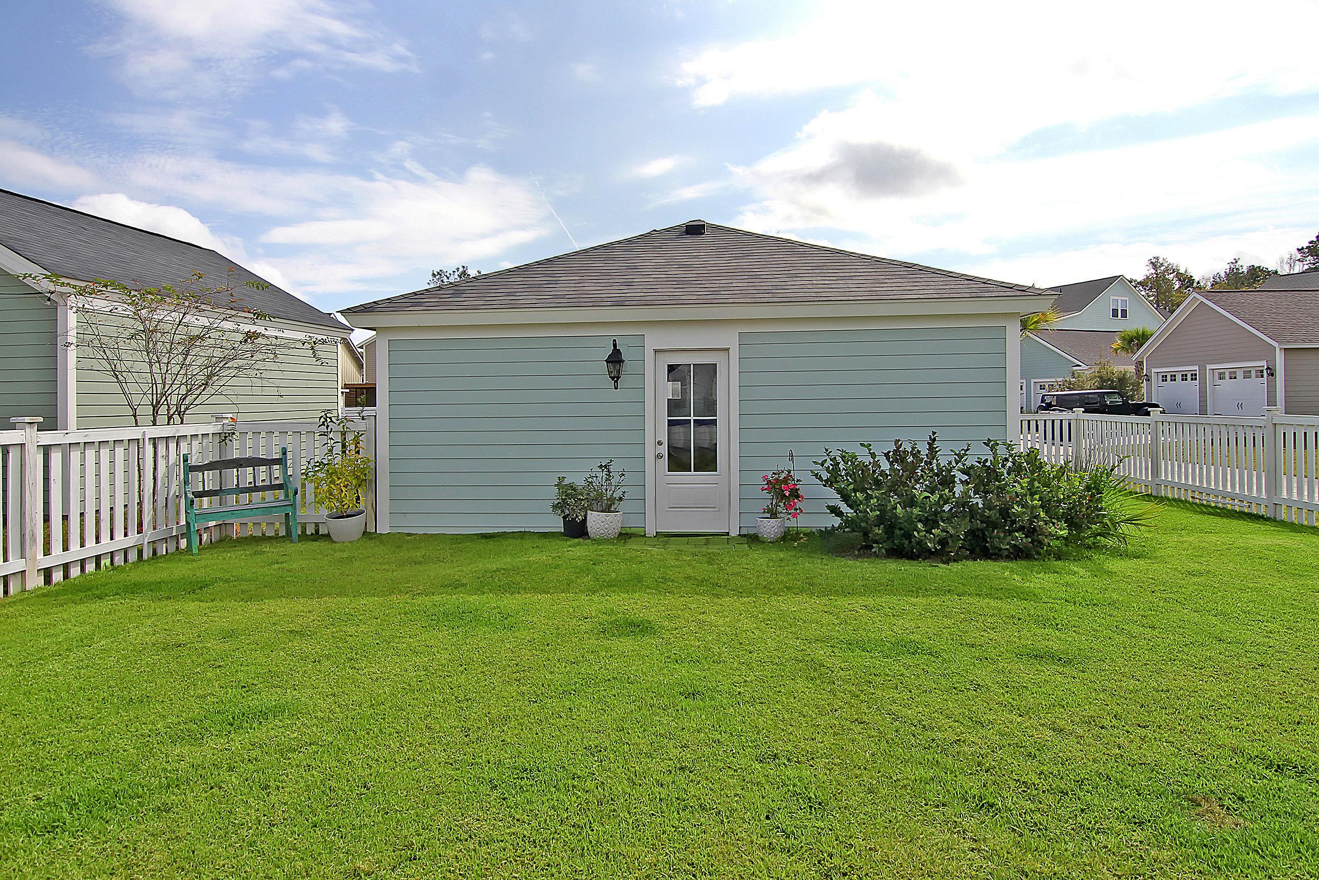 223 Gnarly Oak Lane Summerville, SC 29485