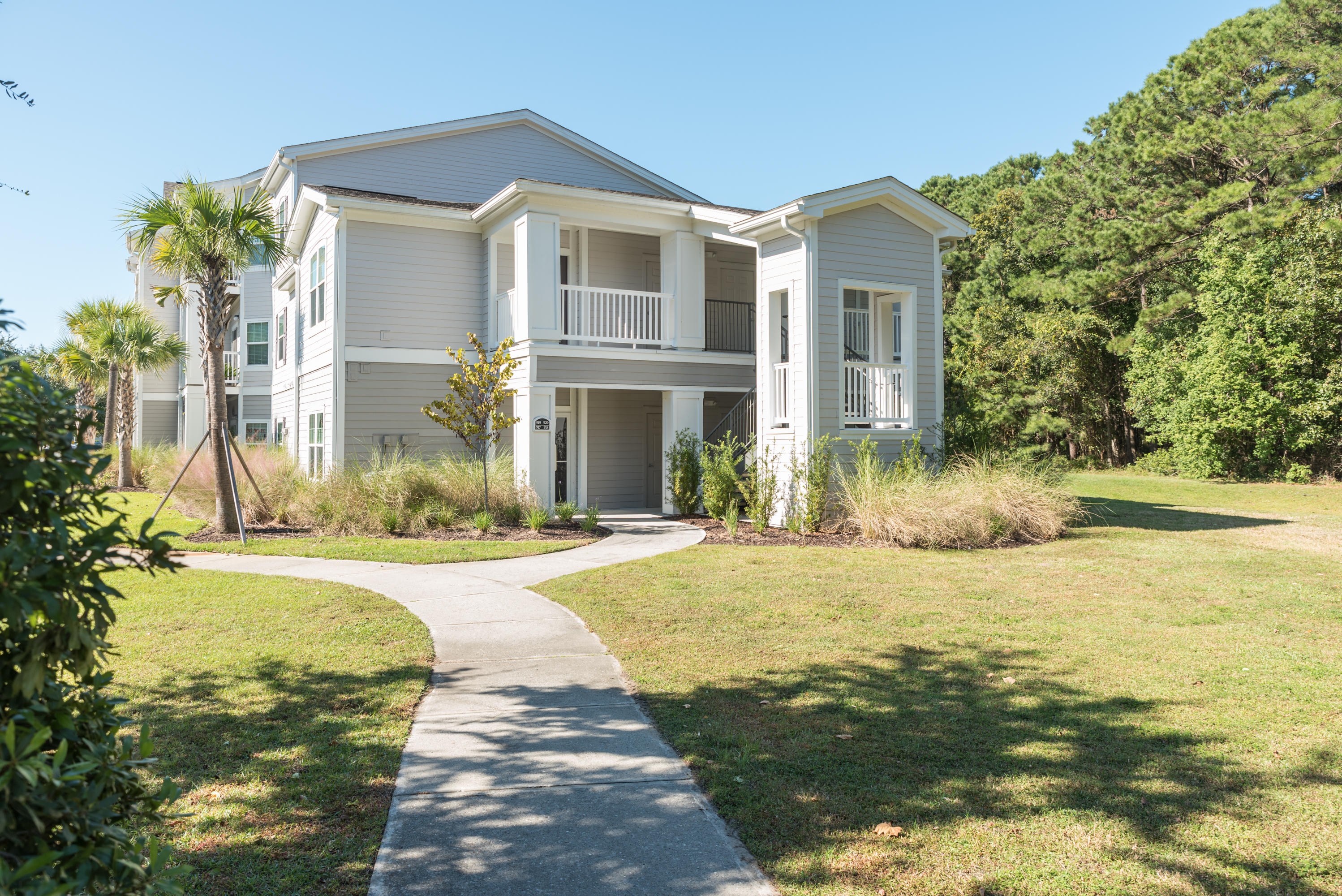 1300 Park West Boulevard UNIT #917 Mount Pleasant, SC 29466