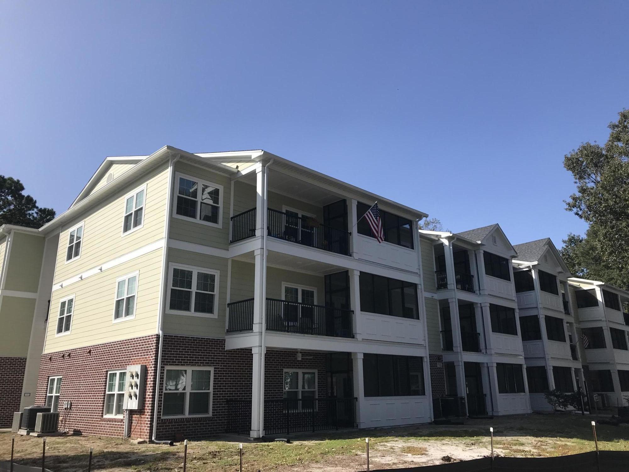 1025 Riverland Woods Place UNIT 121 And Garage #7 Charleston, SC 29412