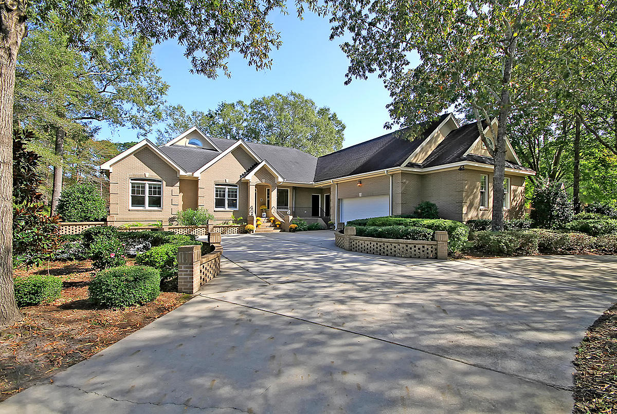 4204 Persimmon Woods Drive North Charleston, Sc 29420