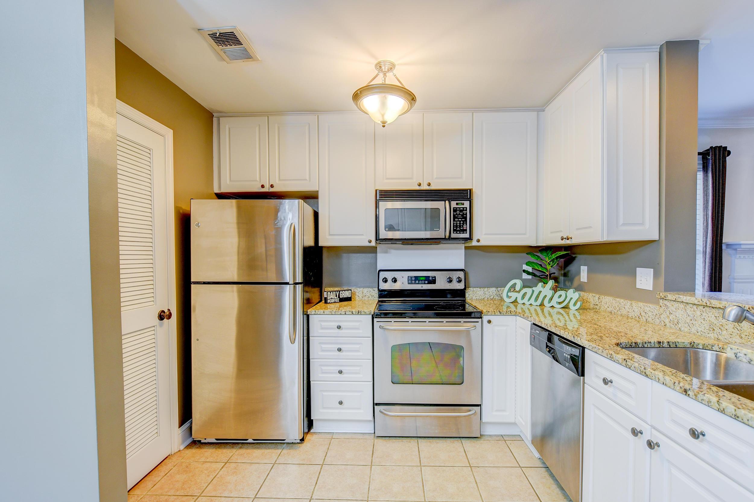 Remington Forest Homes For Sale - 1334 Cassidy, Mount Pleasant, SC - 2