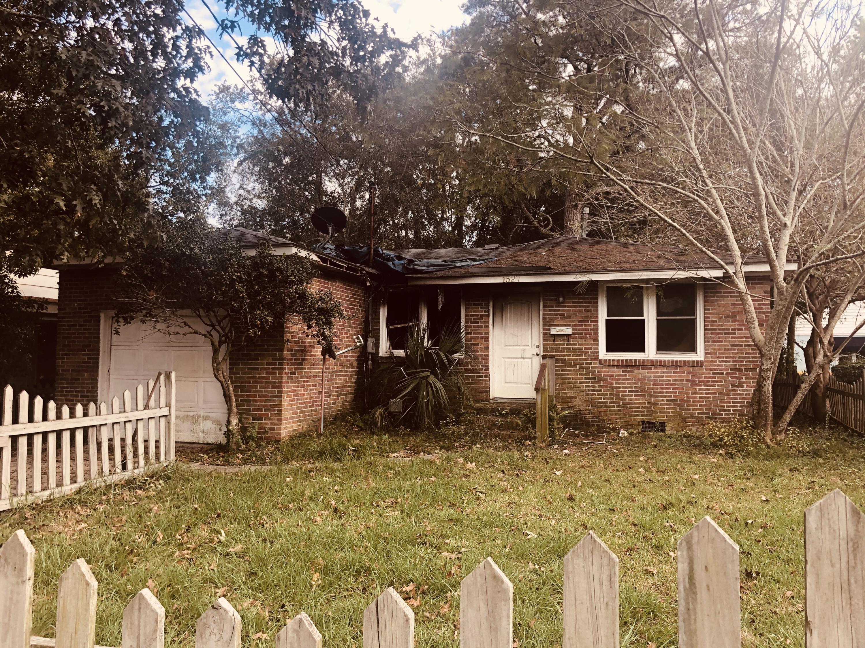1527 Evergreen Street Charleston, SC 29407