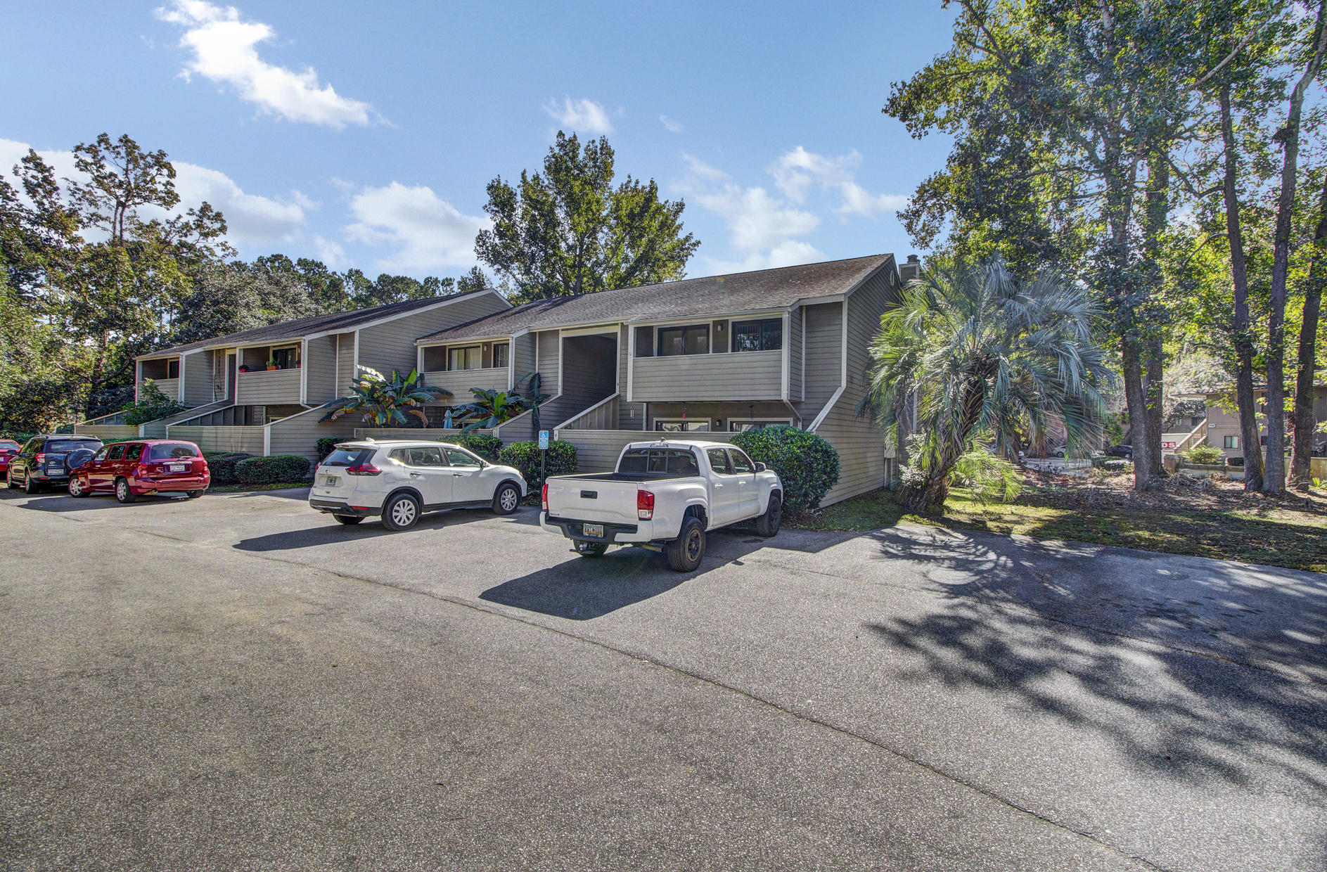 2305 Treescape Drive UNIT #1508 Charleston, SC 29414