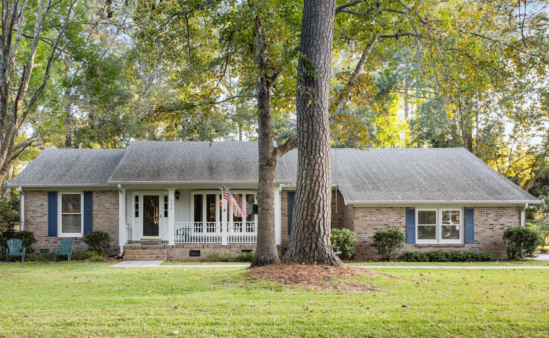 994 Colonial Drive Mount Pleasant, SC 29464