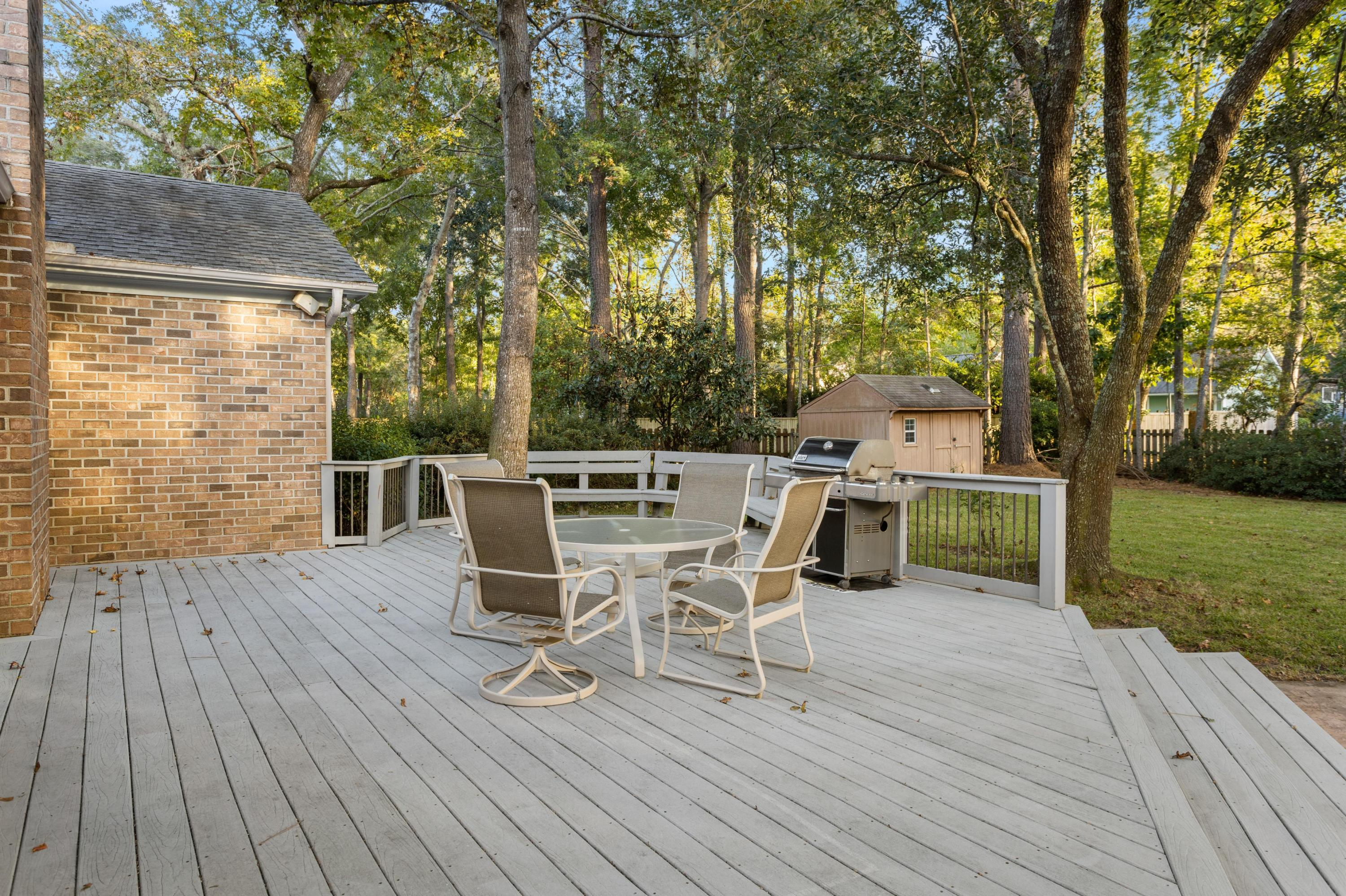 994 Colonial Drive Mount Pleasant, SC 29464