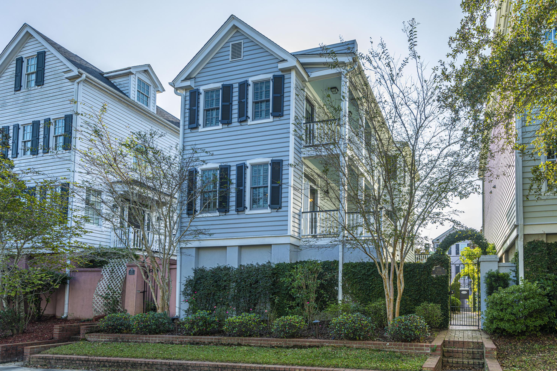 209 Wentworth Street Charleston, SC 29401