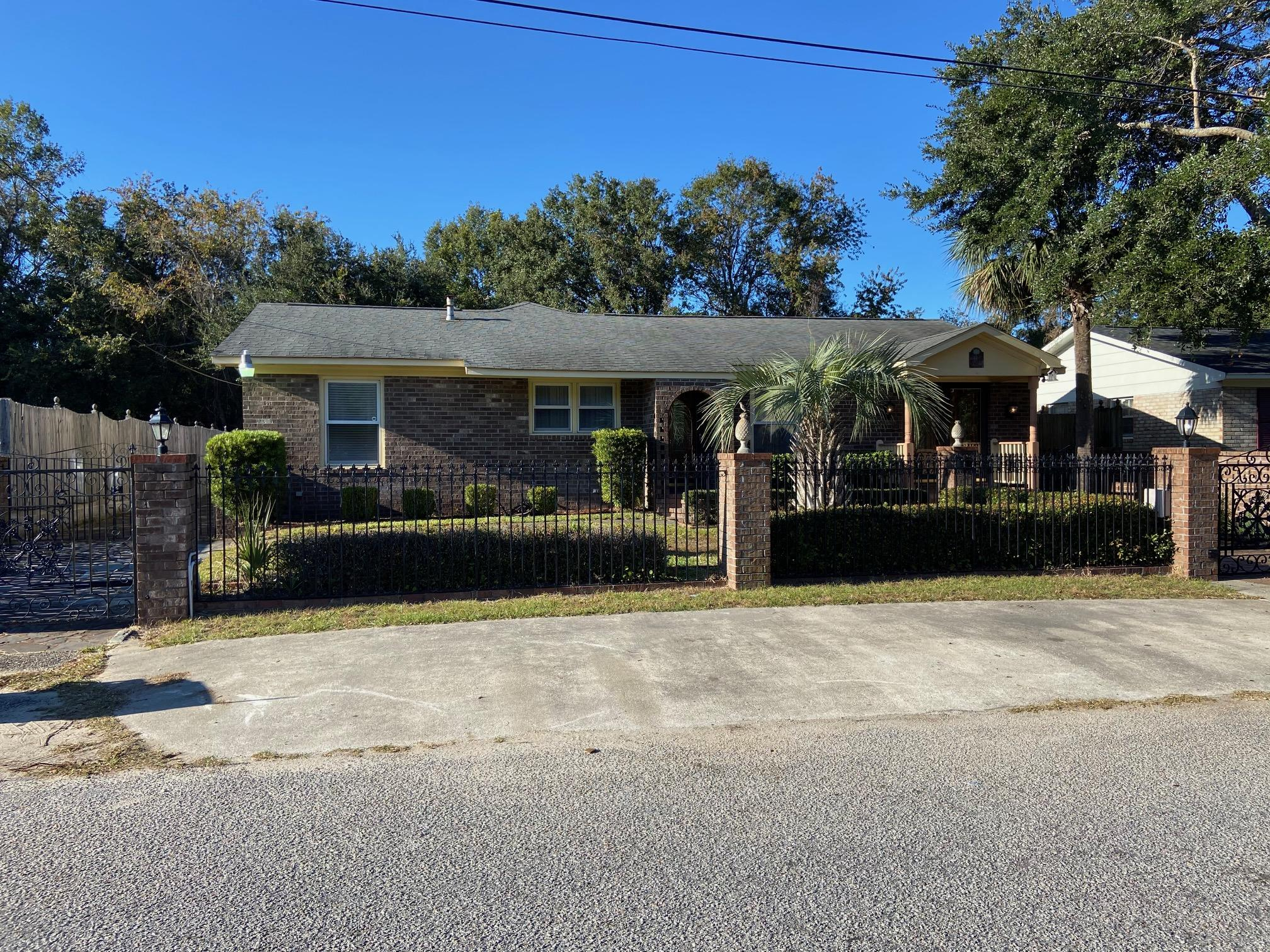 1548 Seacroft Road Charleston, SC 29412