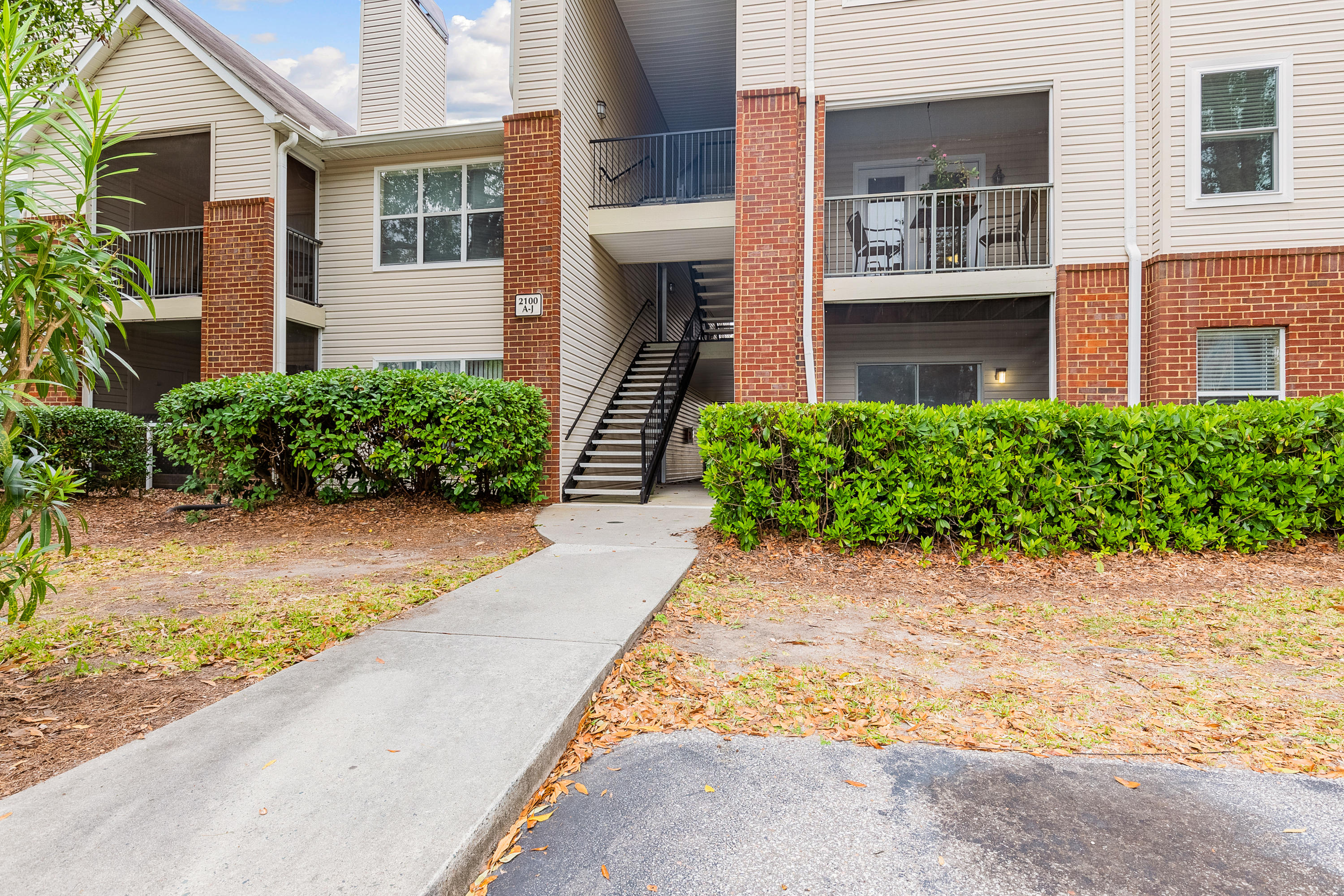 2011 N Highway UNIT 2100d Mount Pleasant, SC 29466