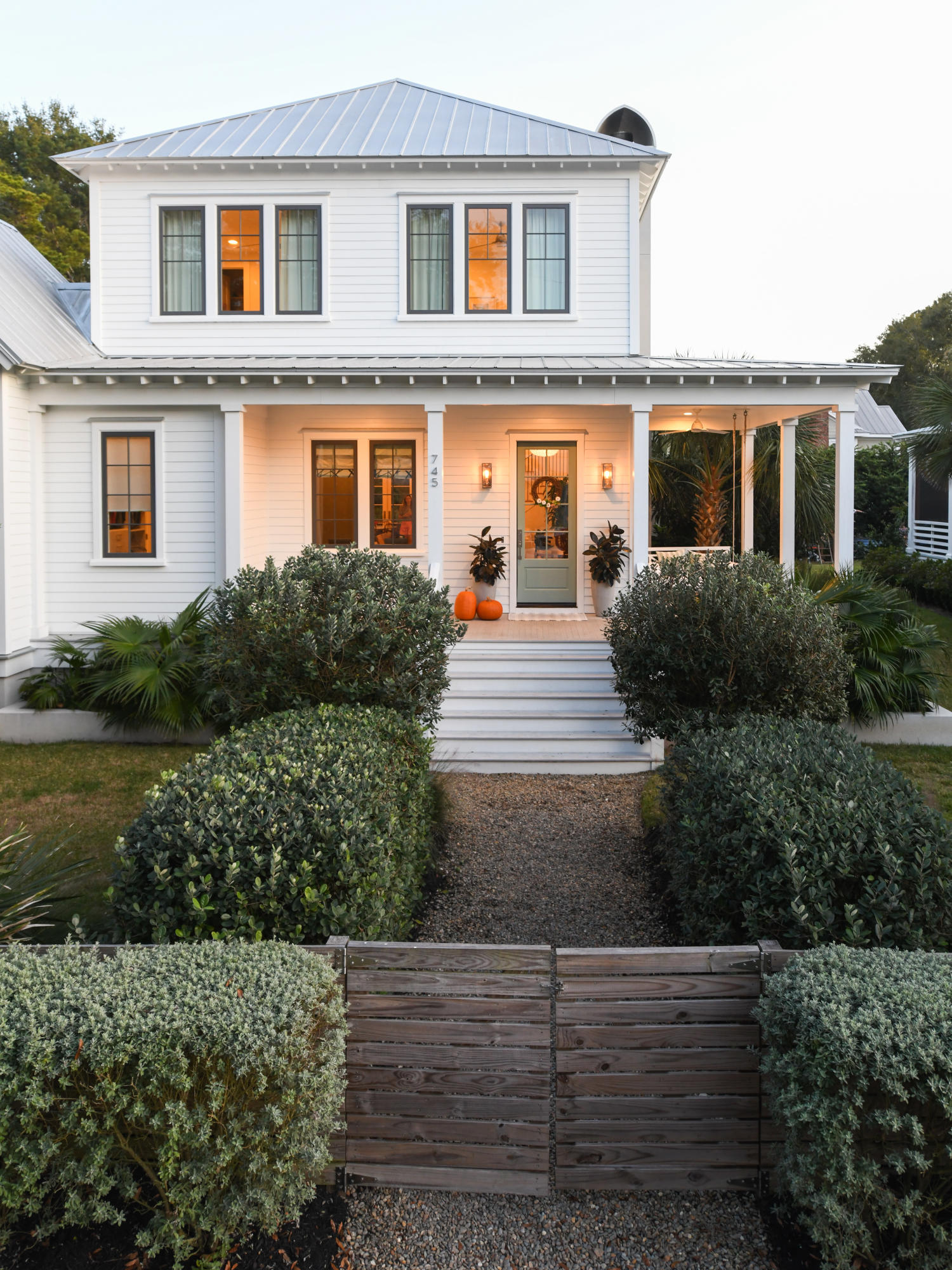 Old Mt Pleasant Homes For Sale - 745 Winthrop, Mount Pleasant, SC - 3