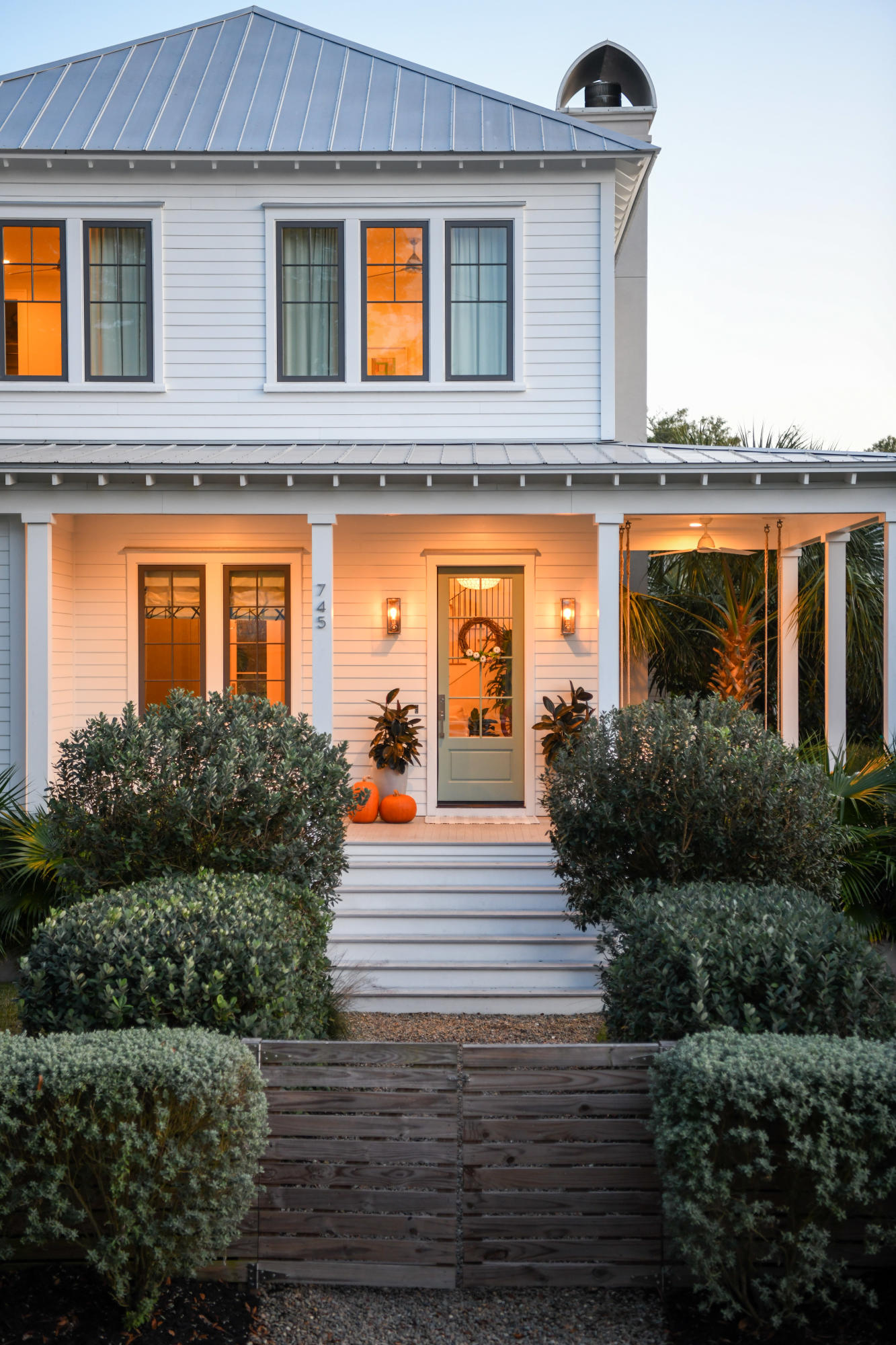 Old Mt Pleasant Homes For Sale - 745 Winthrop, Mount Pleasant, SC - 2