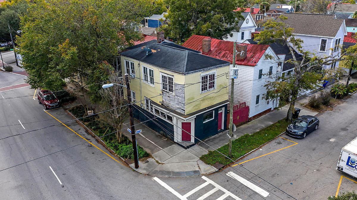 273 Ashley Avenue Charleston, SC 29403
