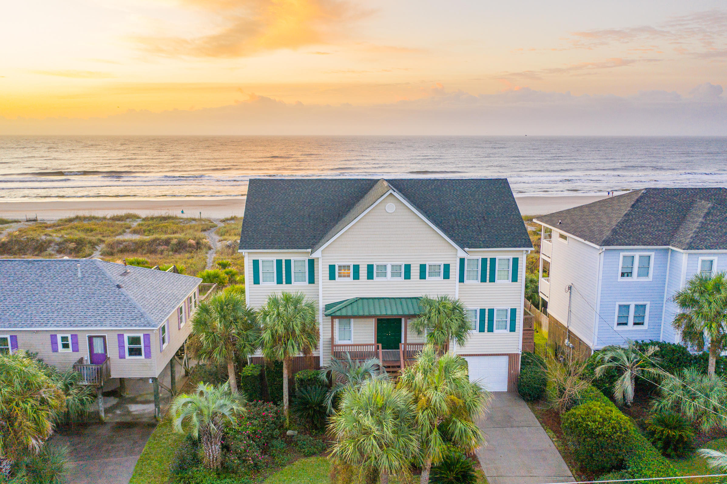 215 E Arctic Avenue Folly Beach, SC 29439