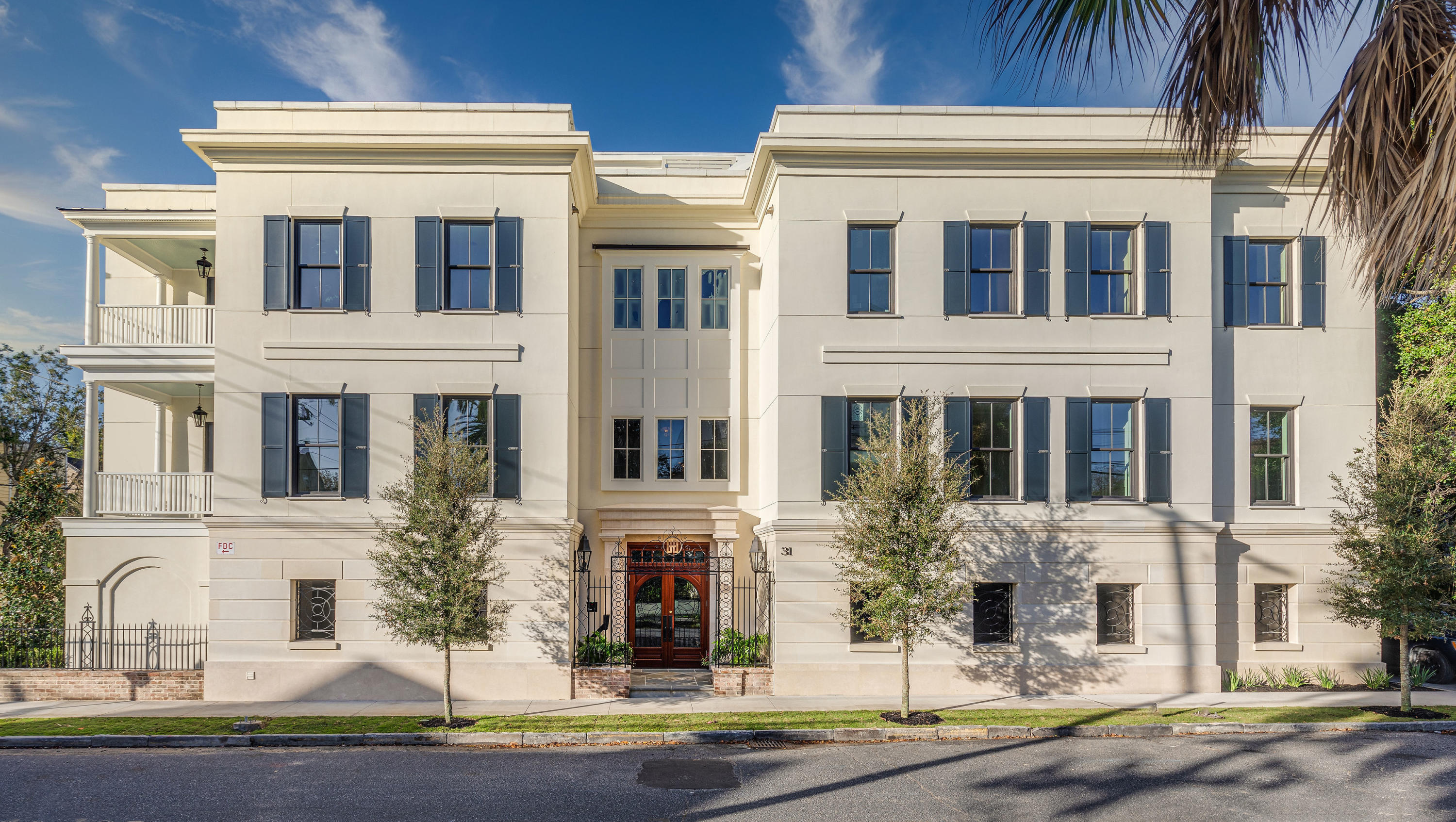 31 Smith Street UNIT #204 Charleston, SC 29401
