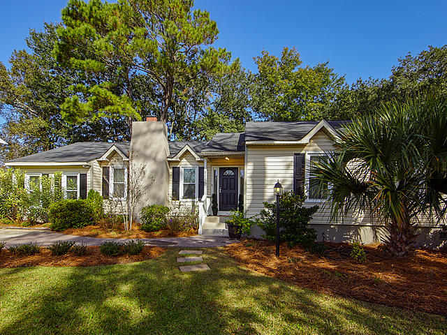 1110 Rosemead Road Mount Pleasant, SC 29464