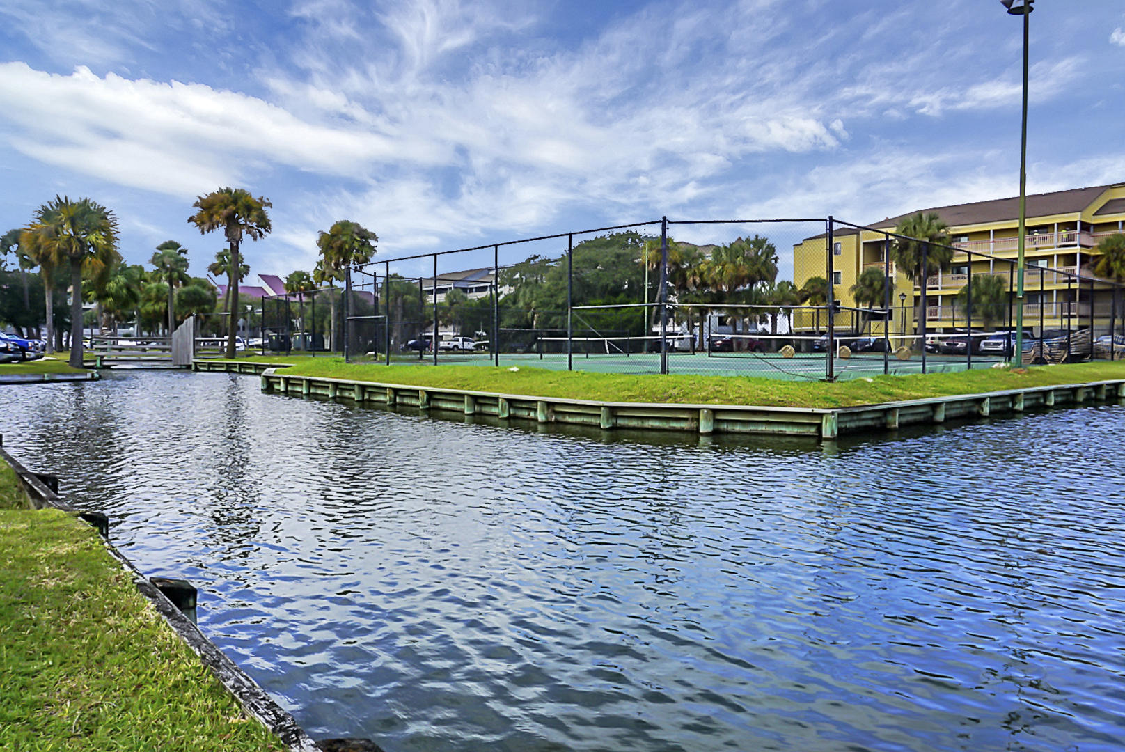 Mariners Cay Homes For Sale - 45 Mariners Cay, Folly Beach, SC - 72