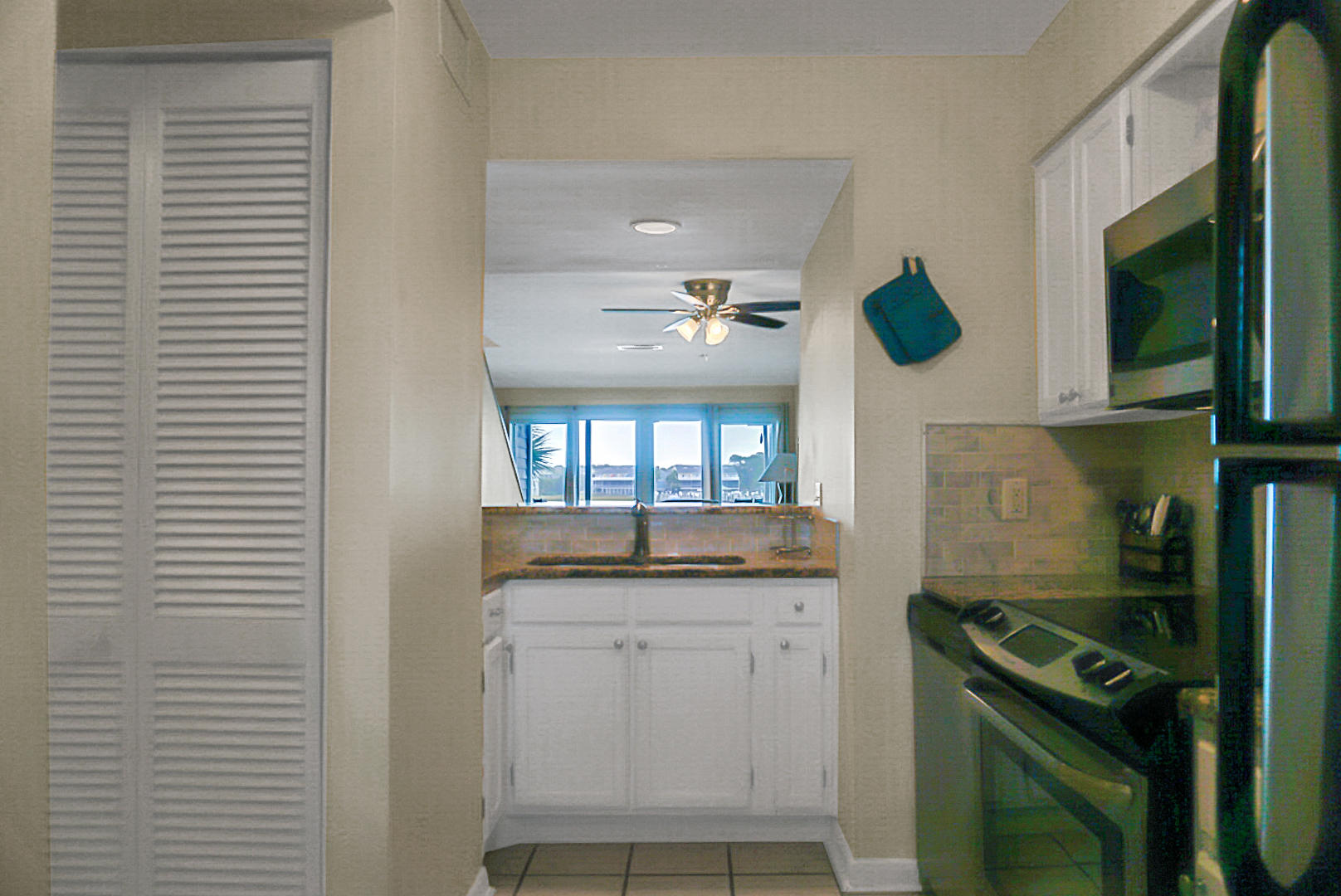 Mariners Cay Homes For Sale - 45 Mariners Cay, Folly Beach, SC - 45
