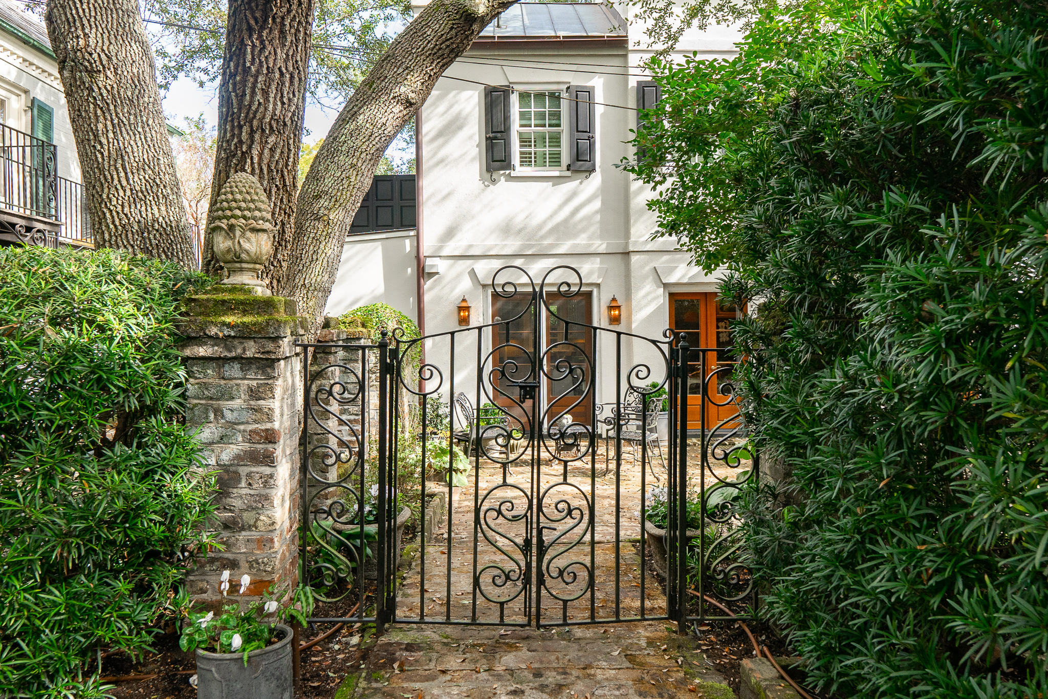 22 Lamboll Street UNIT 1/2 Charleston, SC 29401
