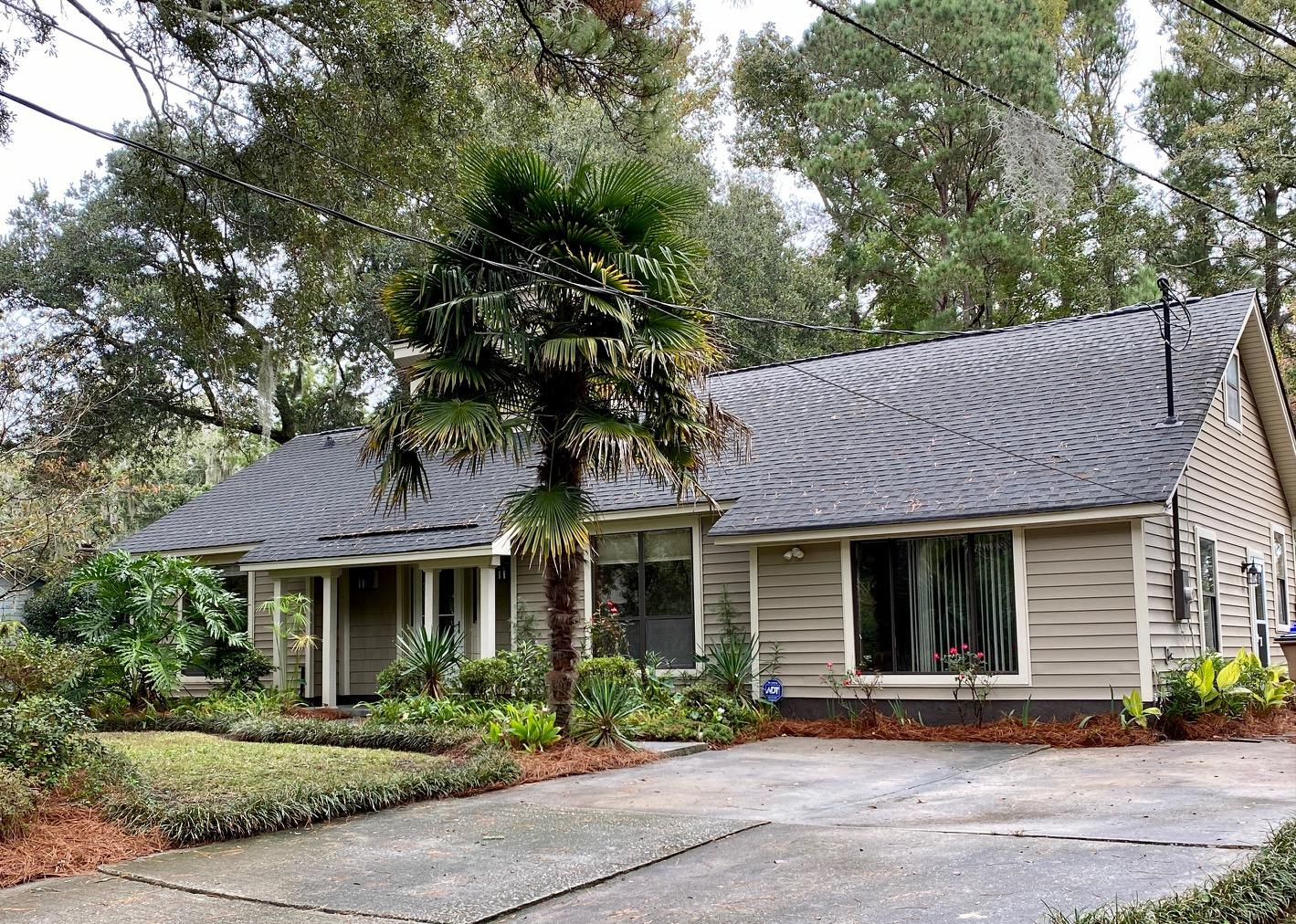 1052 Yorktown Drive Charleston, SC 29412