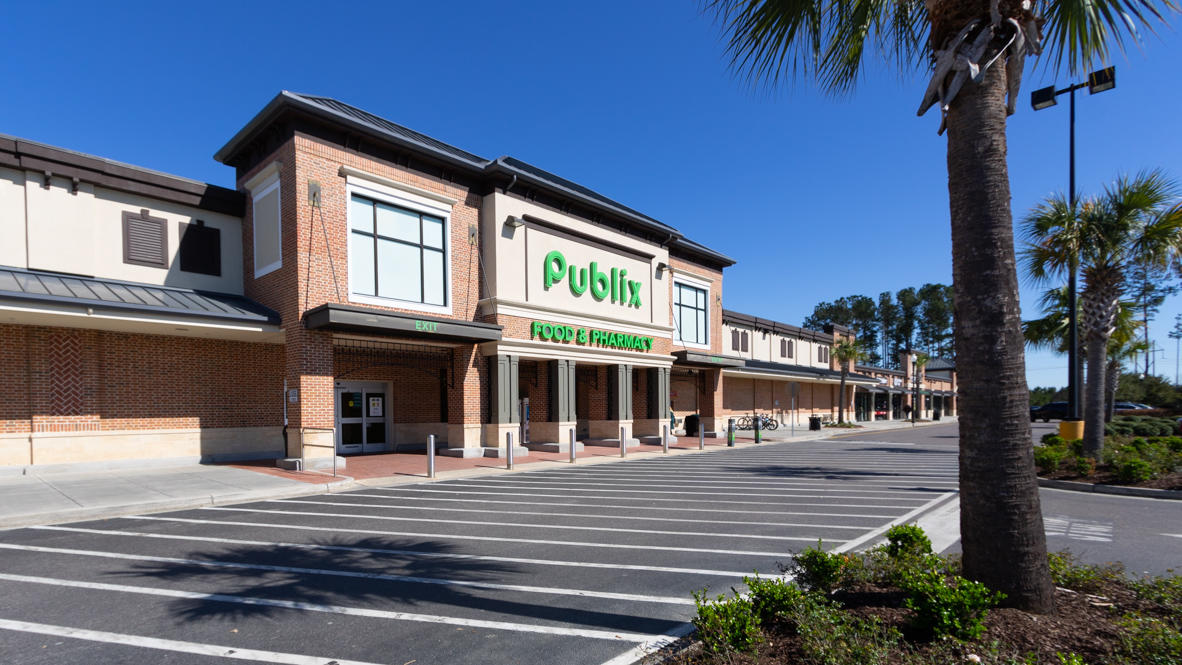 Shell Pointe at Cobblestone Village Homes For Sale - 170 Sweet Cherry, Summerville, SC - 1