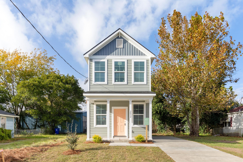 2032 Delaware Avenue North Charleston, SC 29405