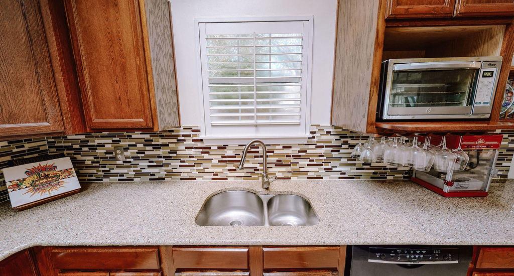 Longpoint Homes For Sale - 2052 Prospect Hill, Mount Pleasant, SC - 34