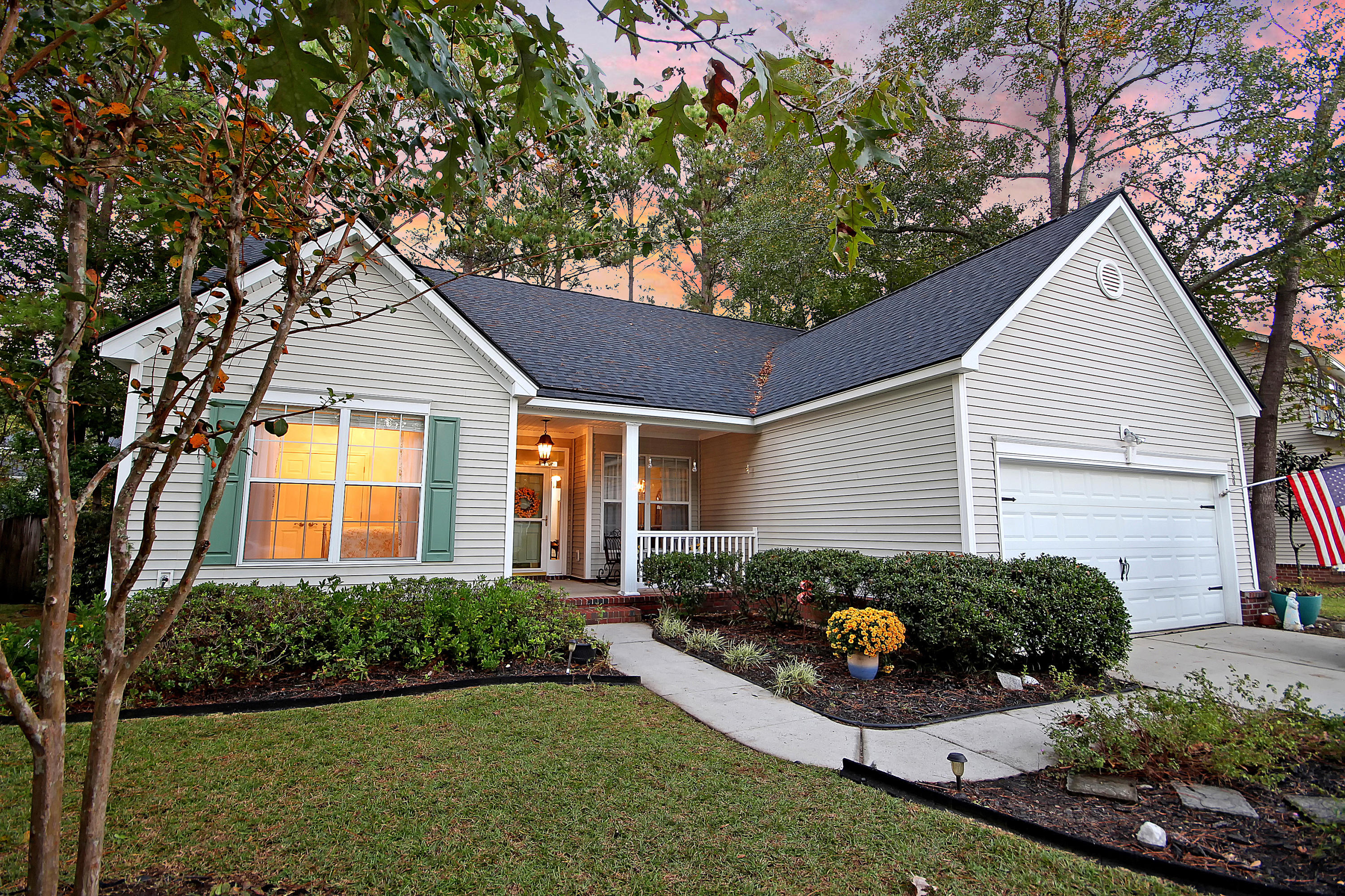 2460 Bergeron Way Mount Pleasant, SC 29466
