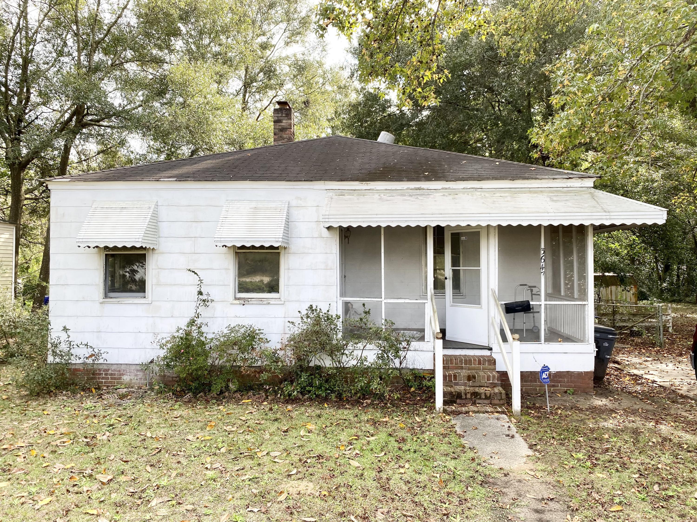 3647 Azalea Drive North Charleston, SC 29405