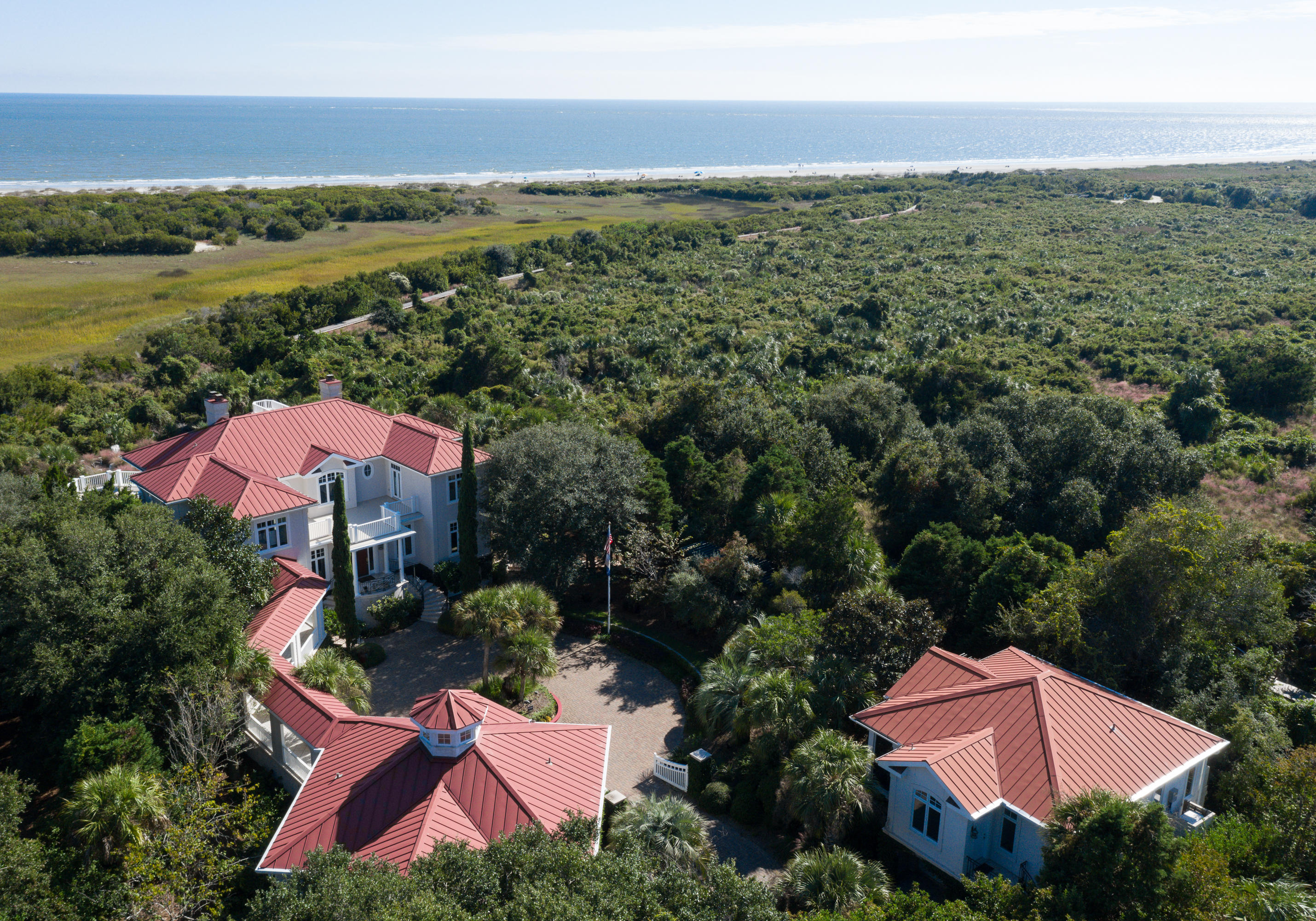 1121 Ocean Forest Lane Seabrook Island, SC 29455