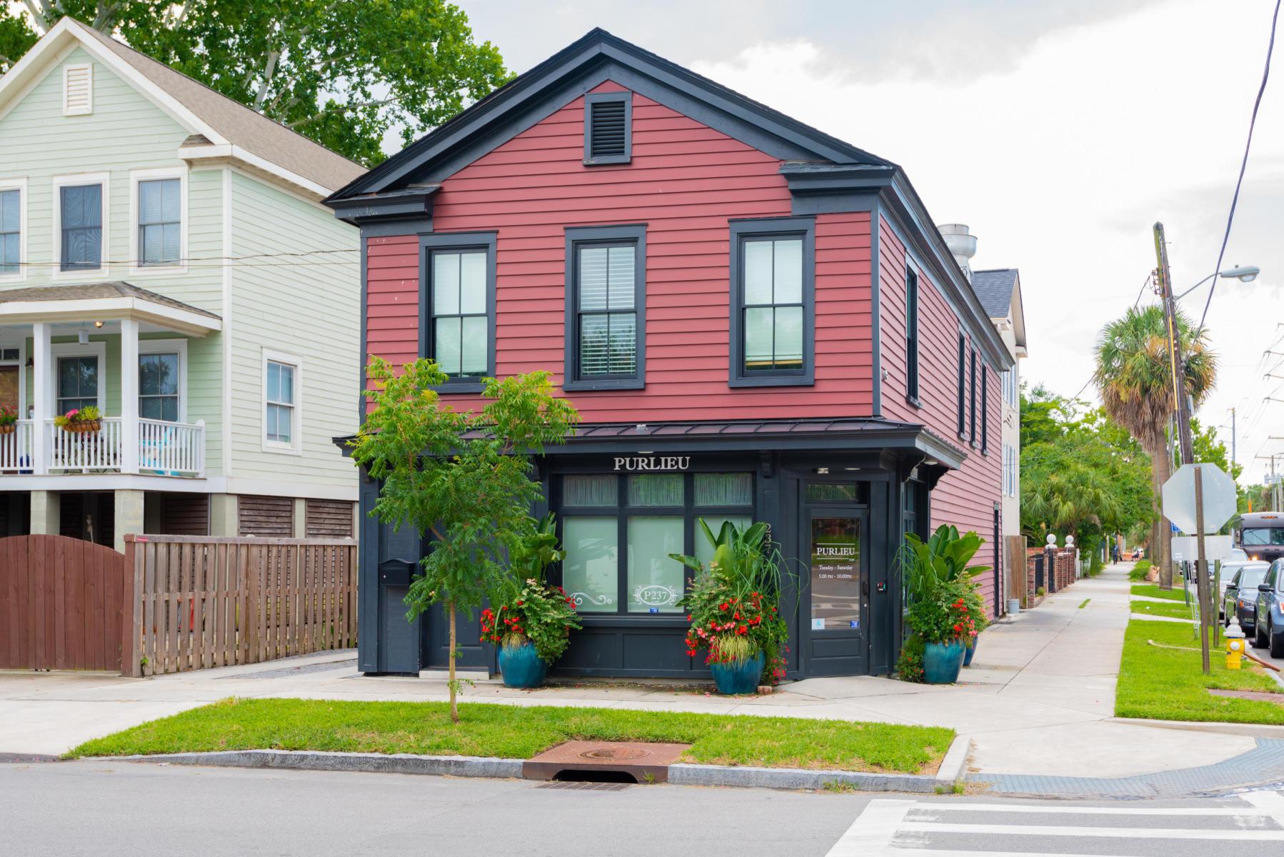 214 President Street Charleston, SC 29403