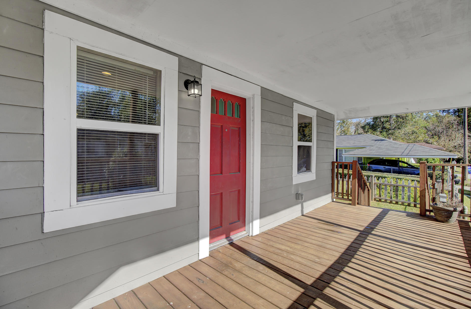 1125 Armstrong Avenue Charleston, SC 29407