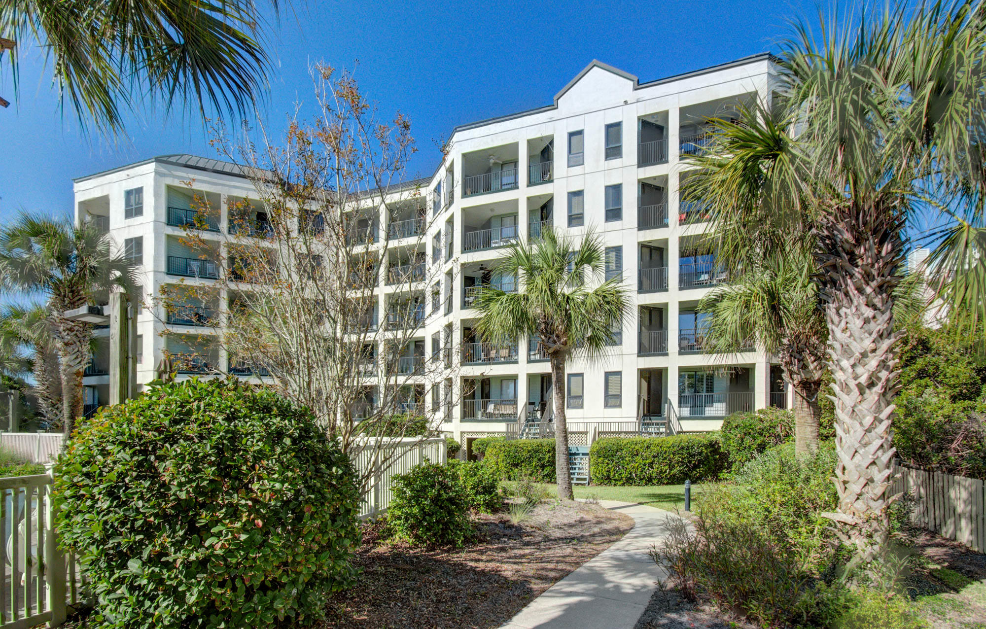 Wild Dunes Homes For Sale - 210 Summerhouse, Isle of Palms, SC - 6