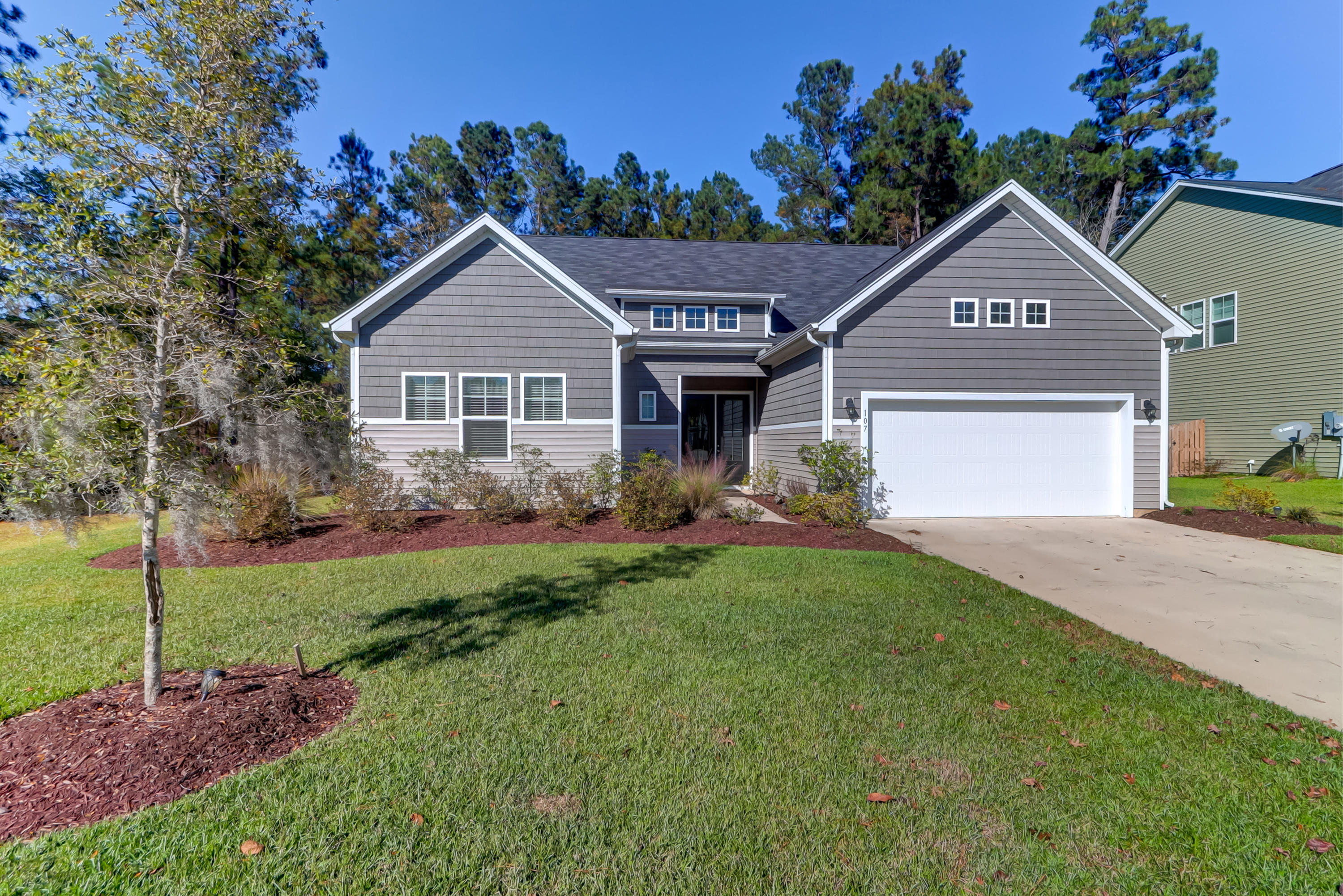 107 Bethpage Court Summerville, SC 29483