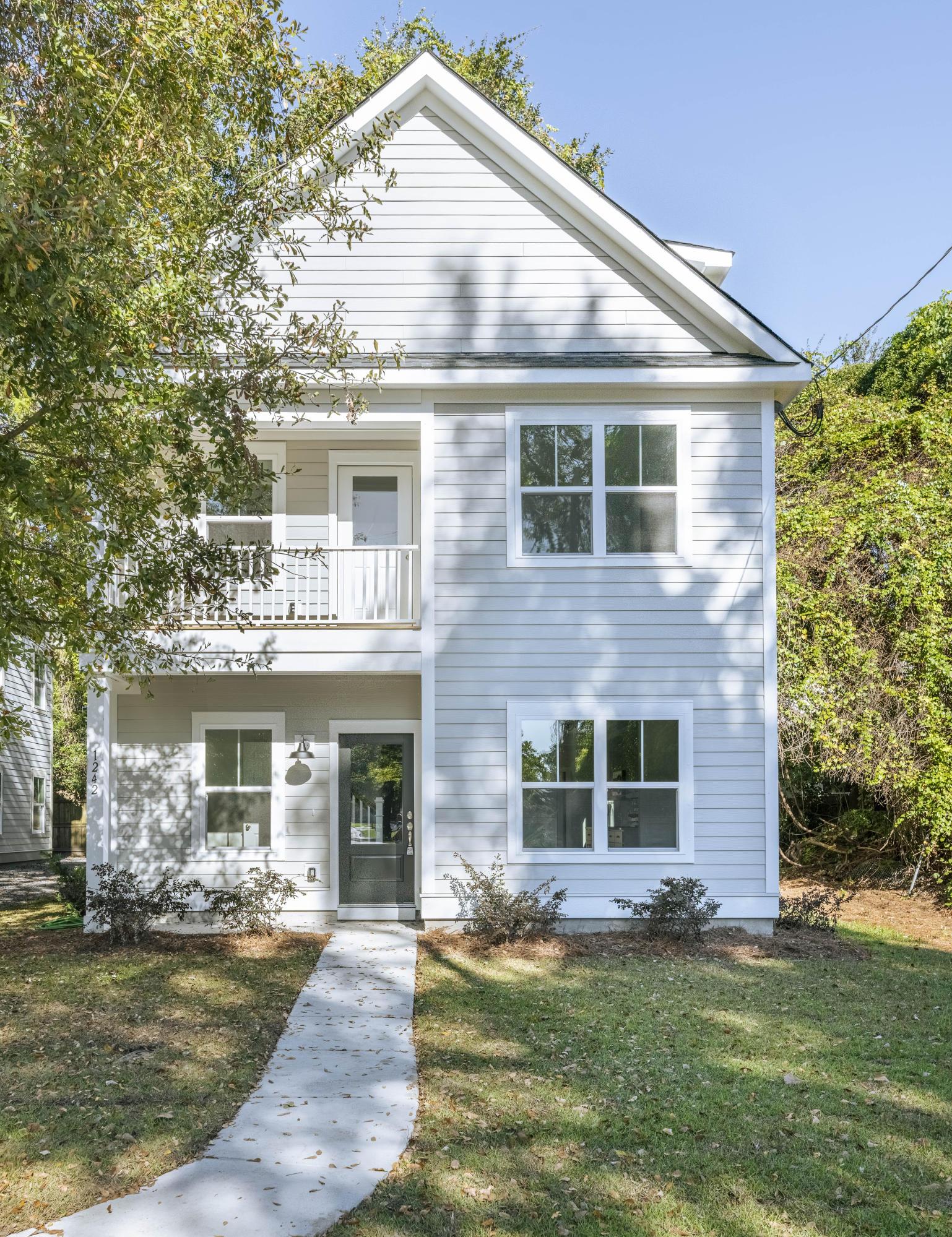 1242 Schirmer Street Mount Pleasant, SC 29464