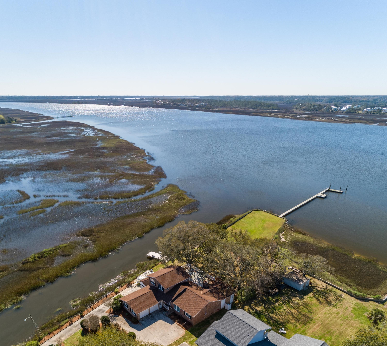 2221 Lazy River Drive Charleston, SC 29414