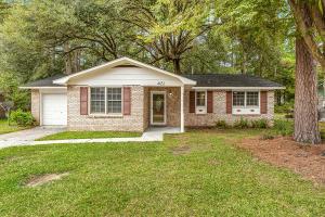 4852 Foxwood Drive North Charleston, SC 29418