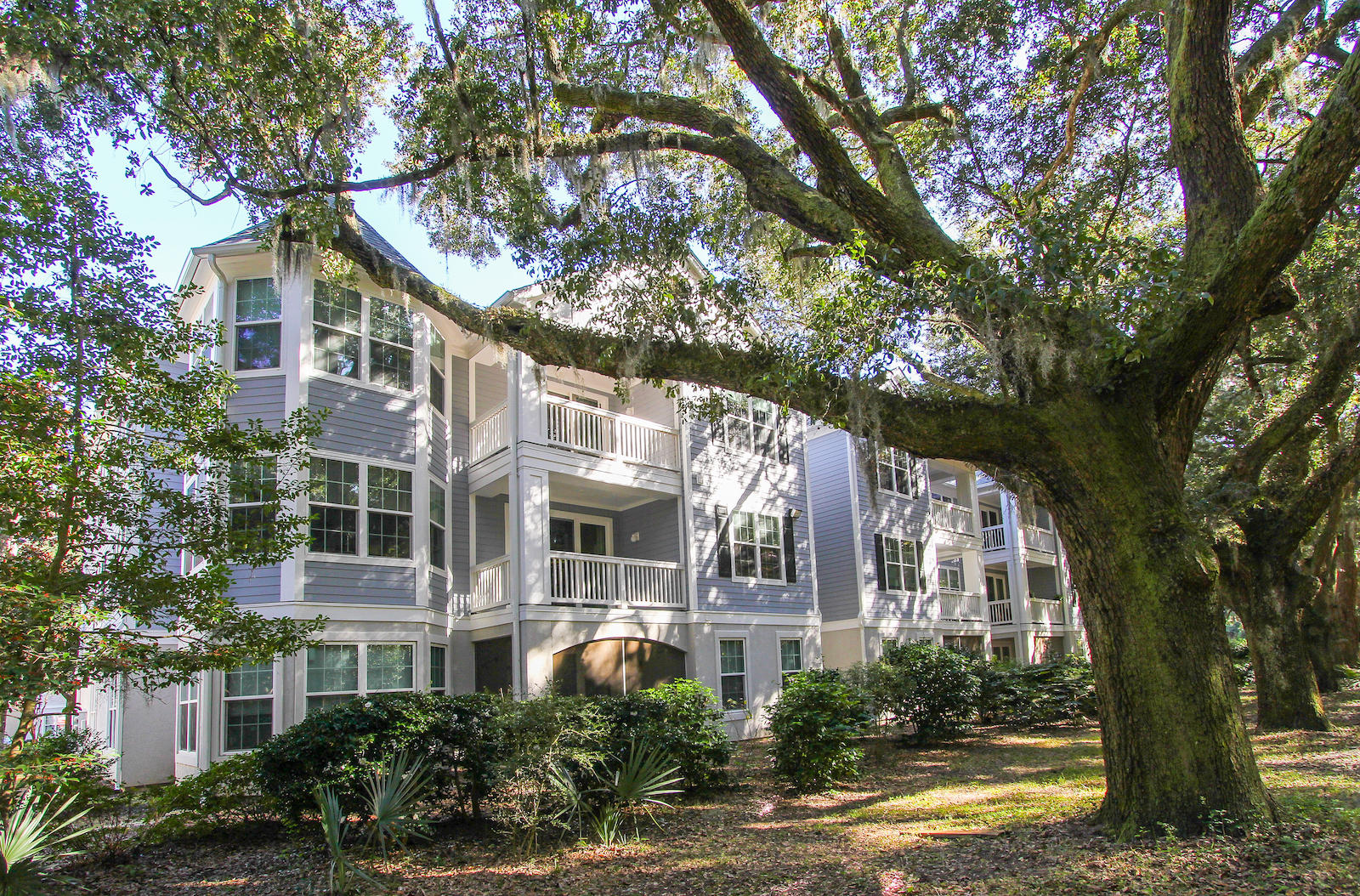 60 Fenwick Hall Allee UNIT #122 Johns Island, SC 29455